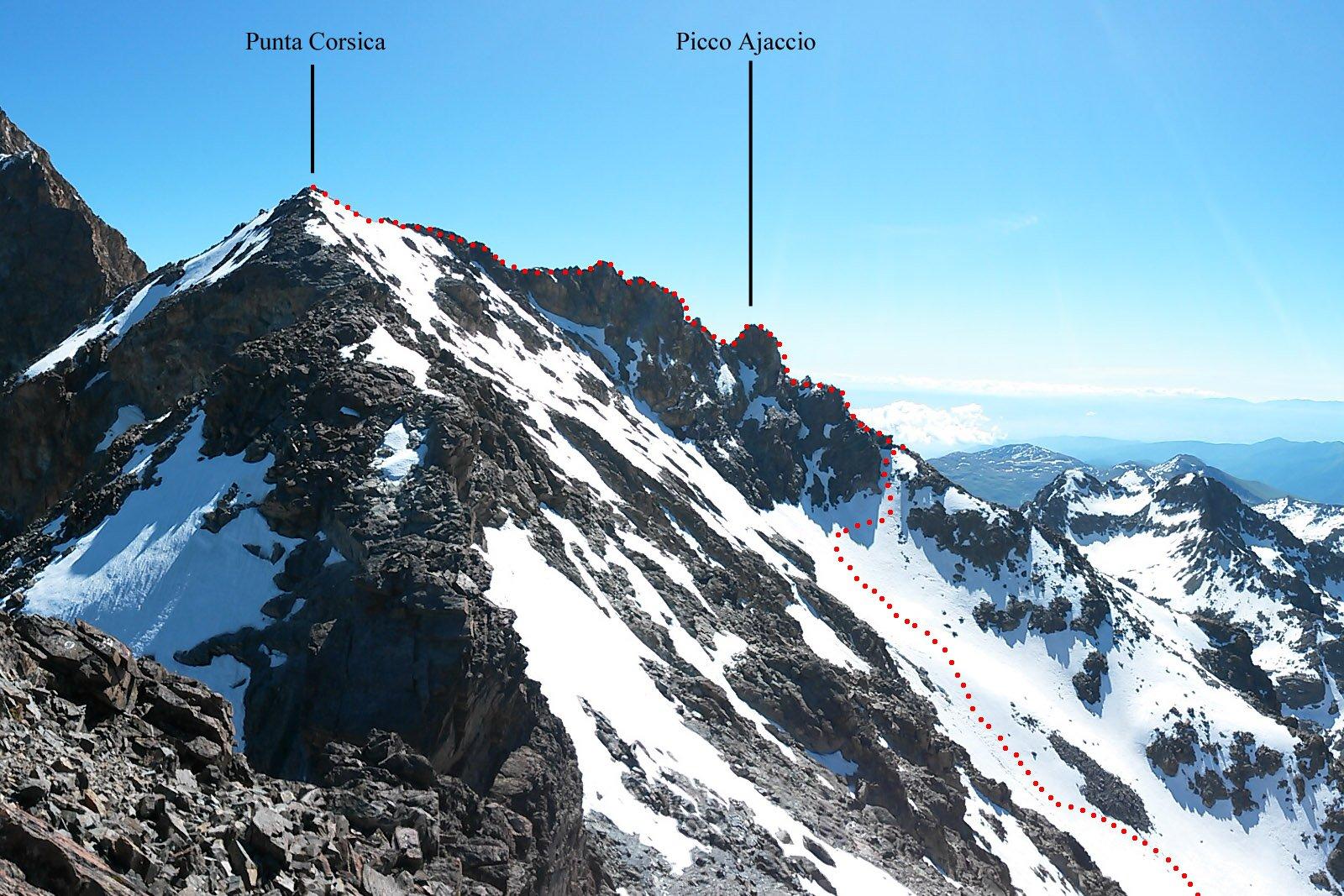la cresta finale fra le 2 cime, vista dalla vetta della Caprera