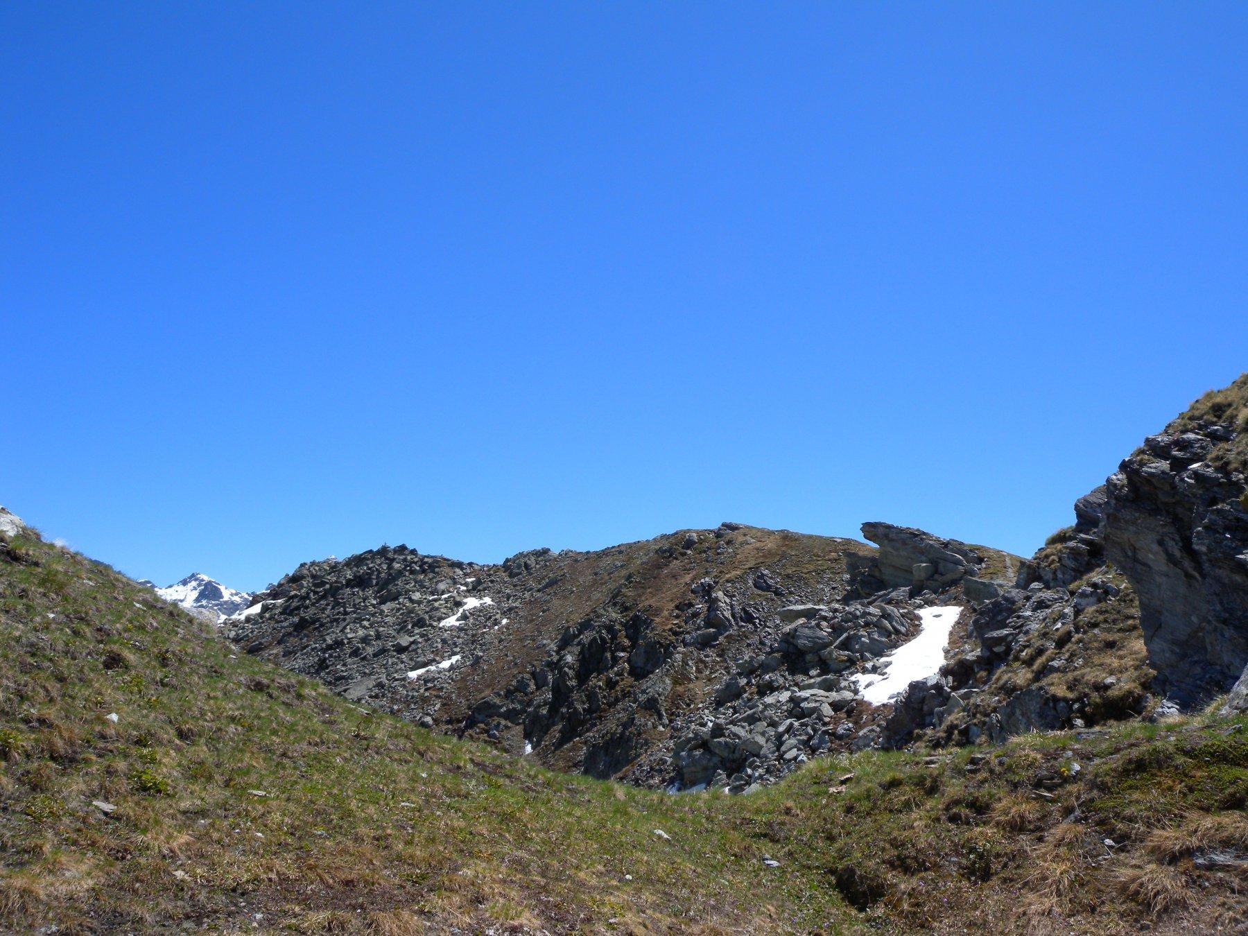 La bella cresta dal colle alla cima
