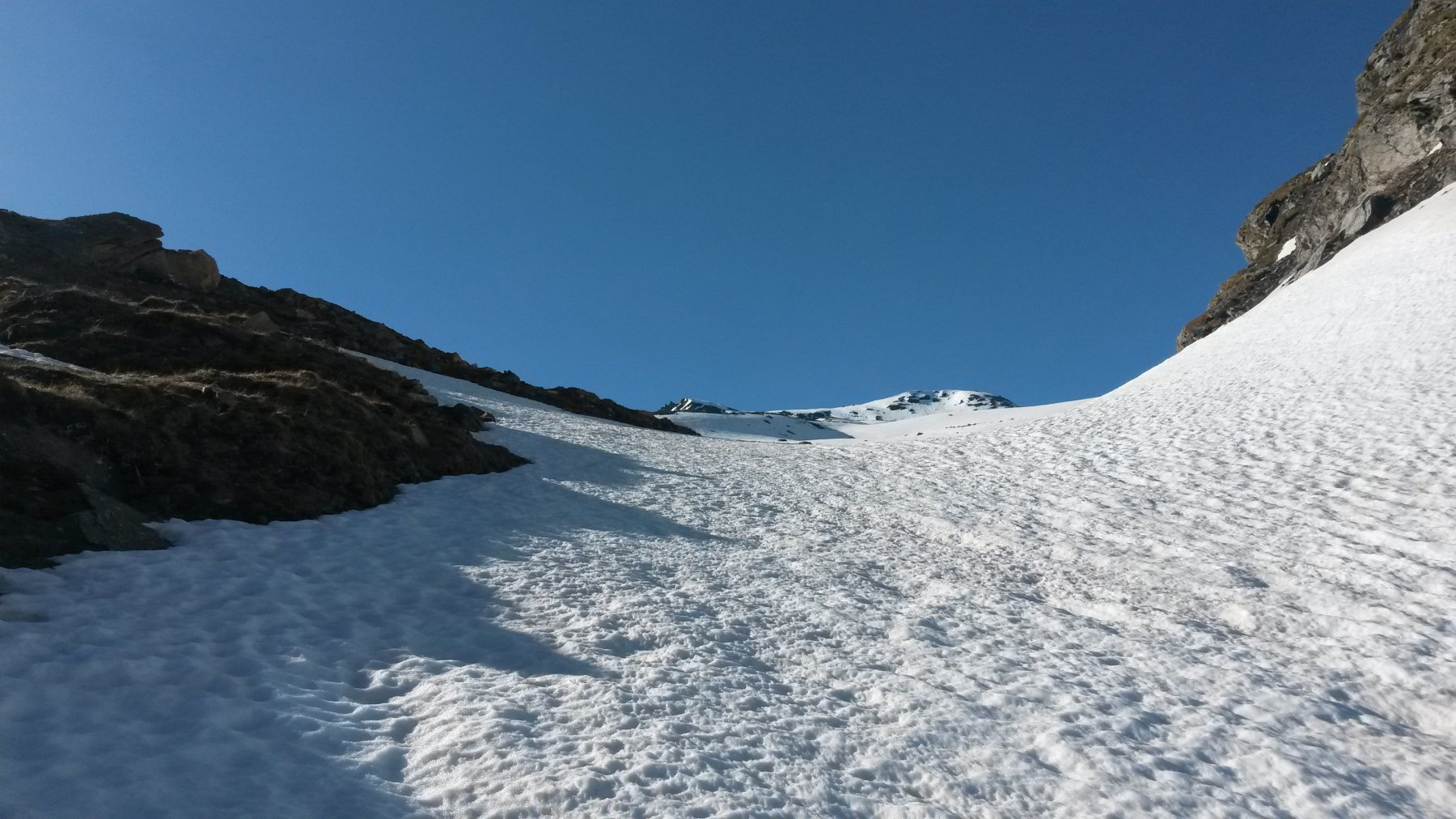 Inizio del vallone della Vaudaletta (e della neve continua) a quota 2580m