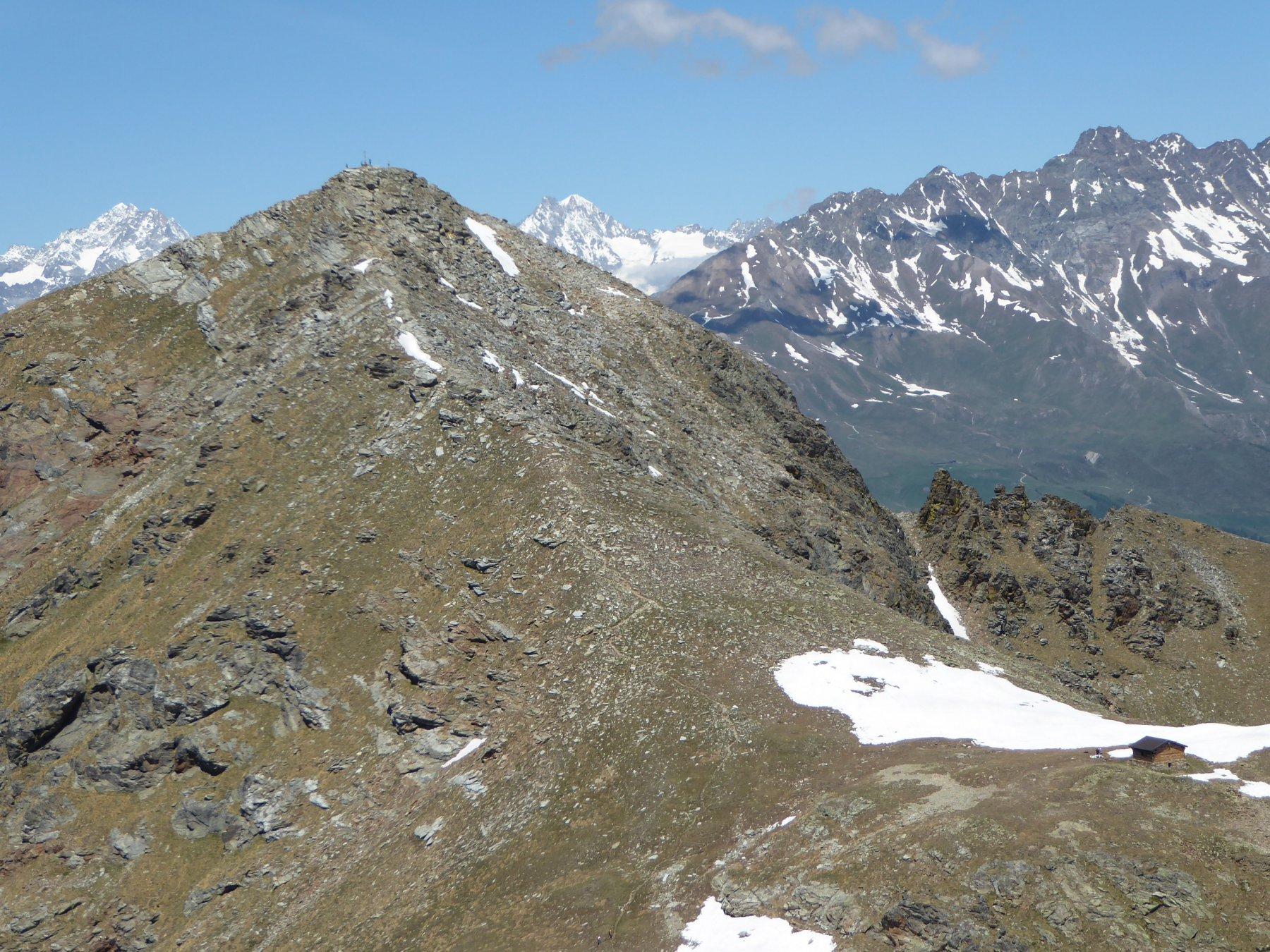 la Becca di Viou ed il bivacco visti dal Mont Mary