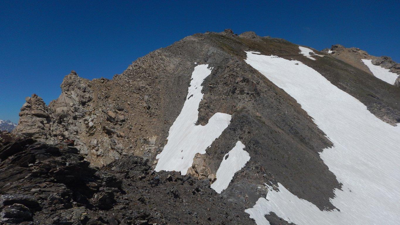 Parte alta nevai evitabili sulla sx salendo