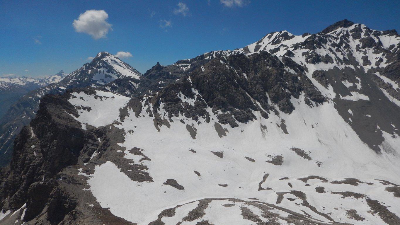 Rocca del lago in basso a sx e Chaberton sullo sfondo