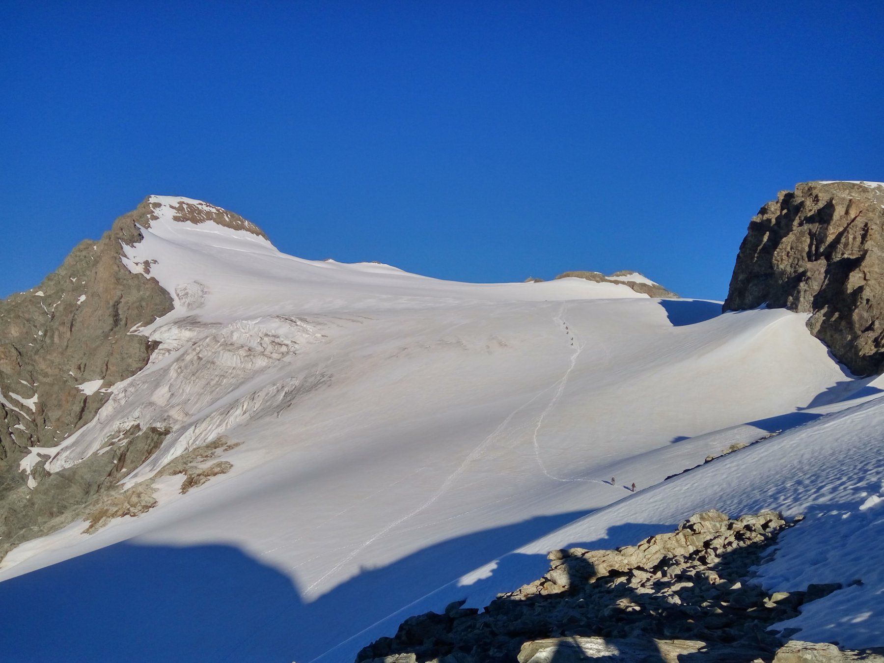 ghiacciaio e cima, traccia evidente
