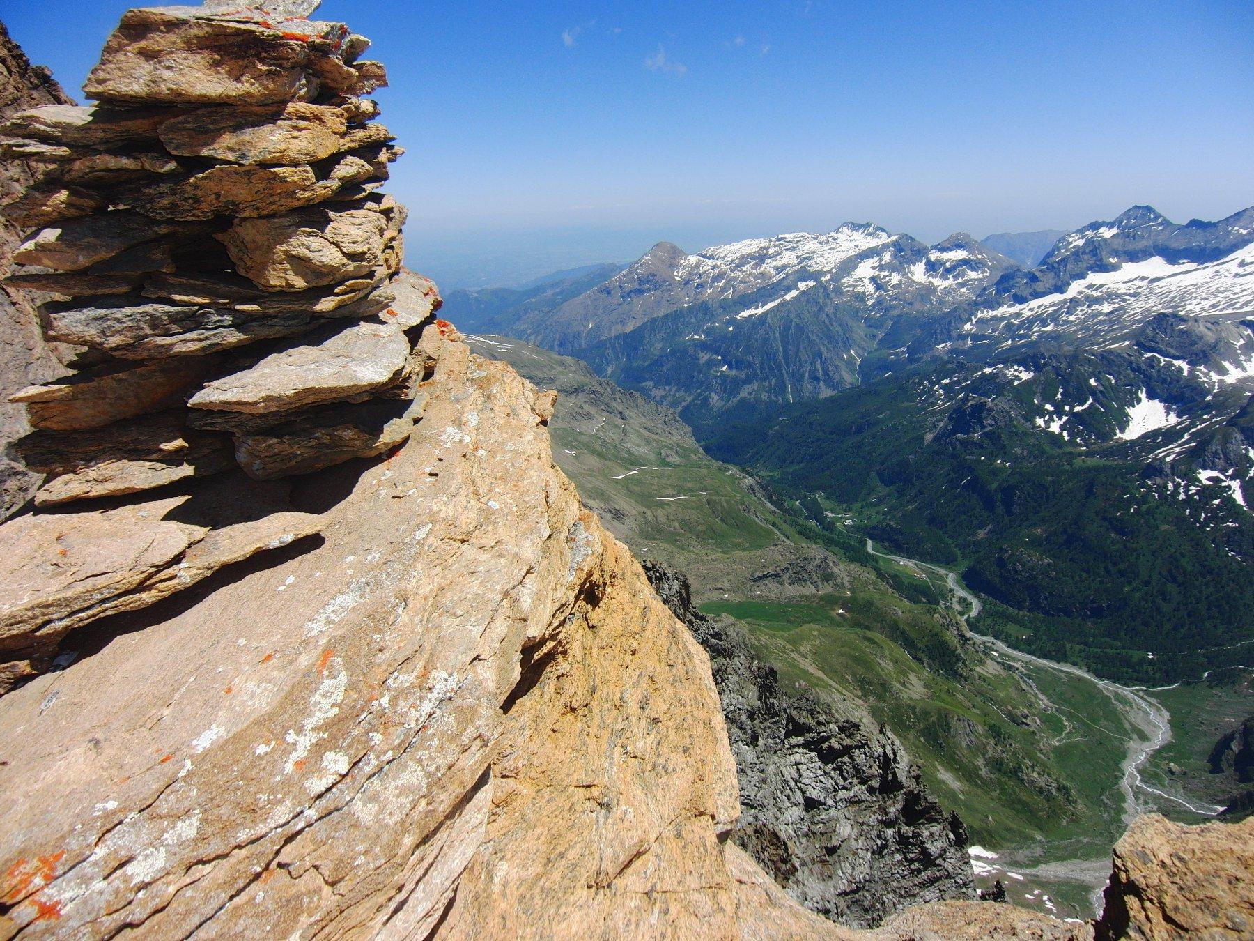 Val d'Ala dall'ometto gigante sotto l'ultimo traverso