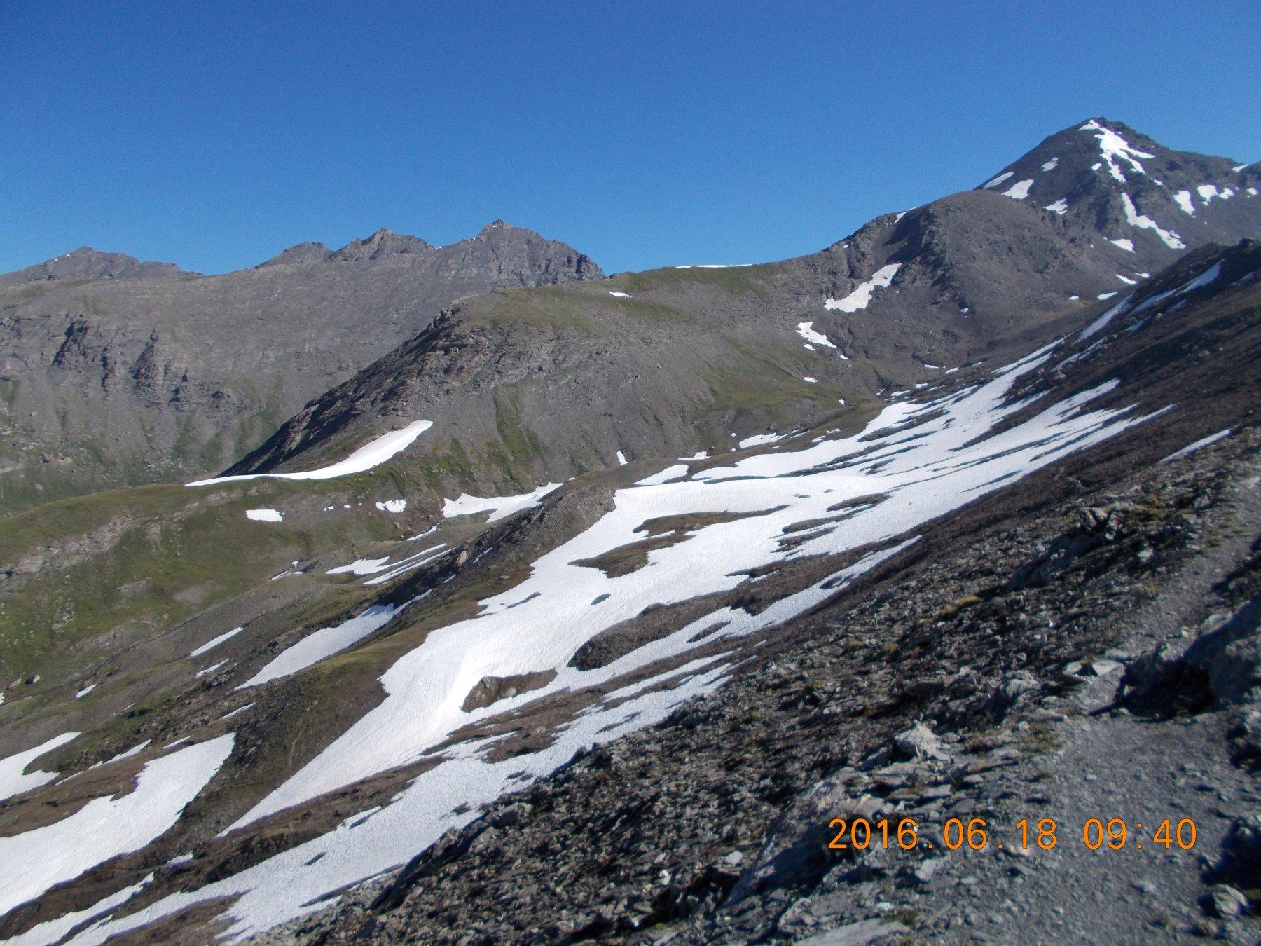 Sulla destra la Punta Ramiere 3303m.