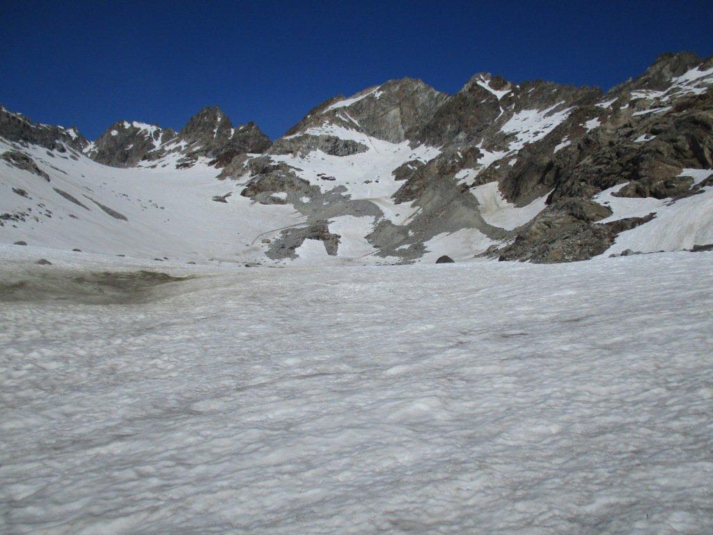 sul ghiacciaio con di fronte le Valeille