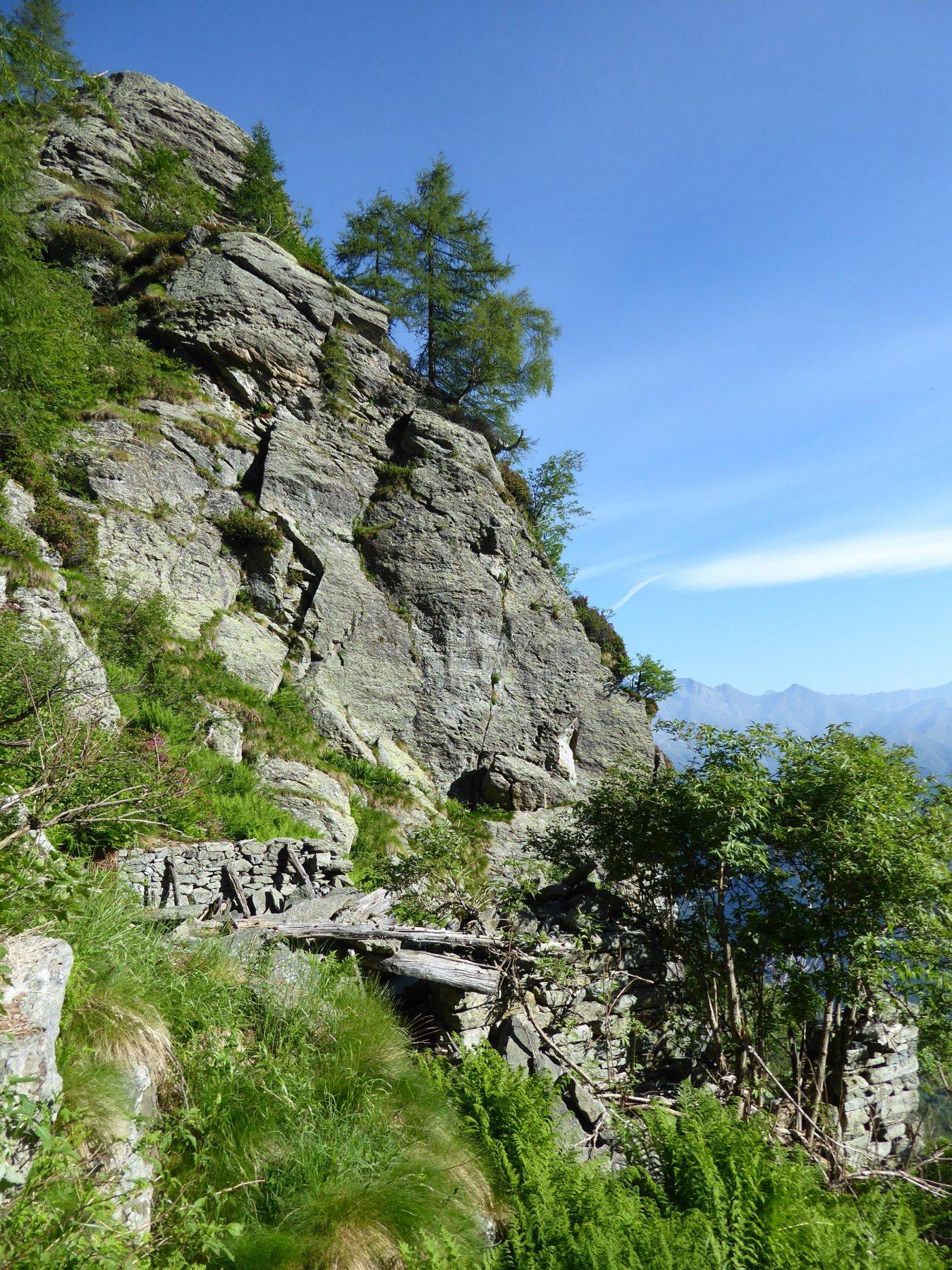 Ruderi Alpe Balmascera