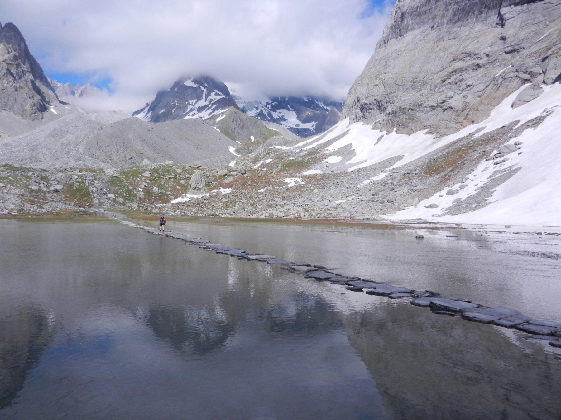 passando dal Lac de Vaches