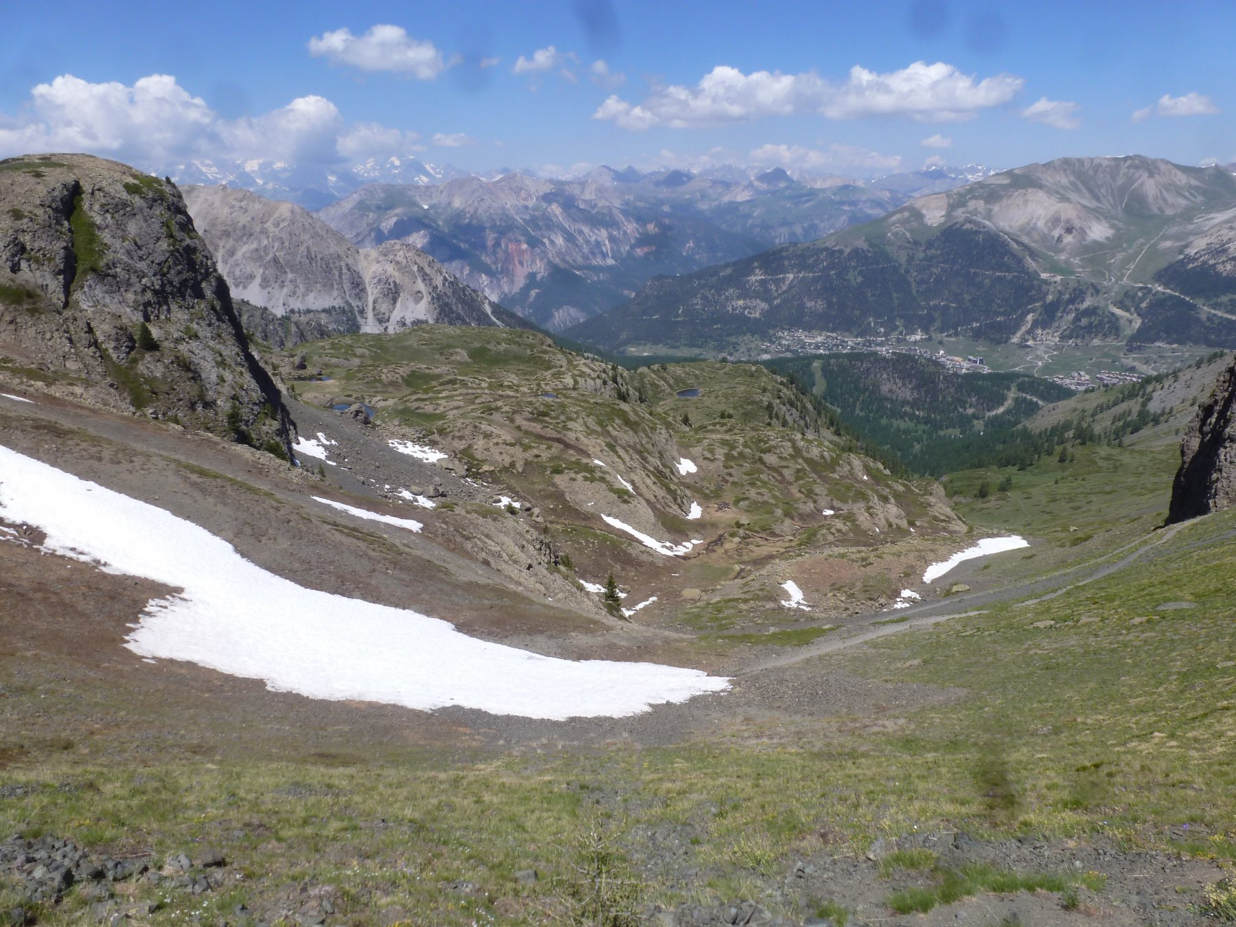 dal colle verso valle
