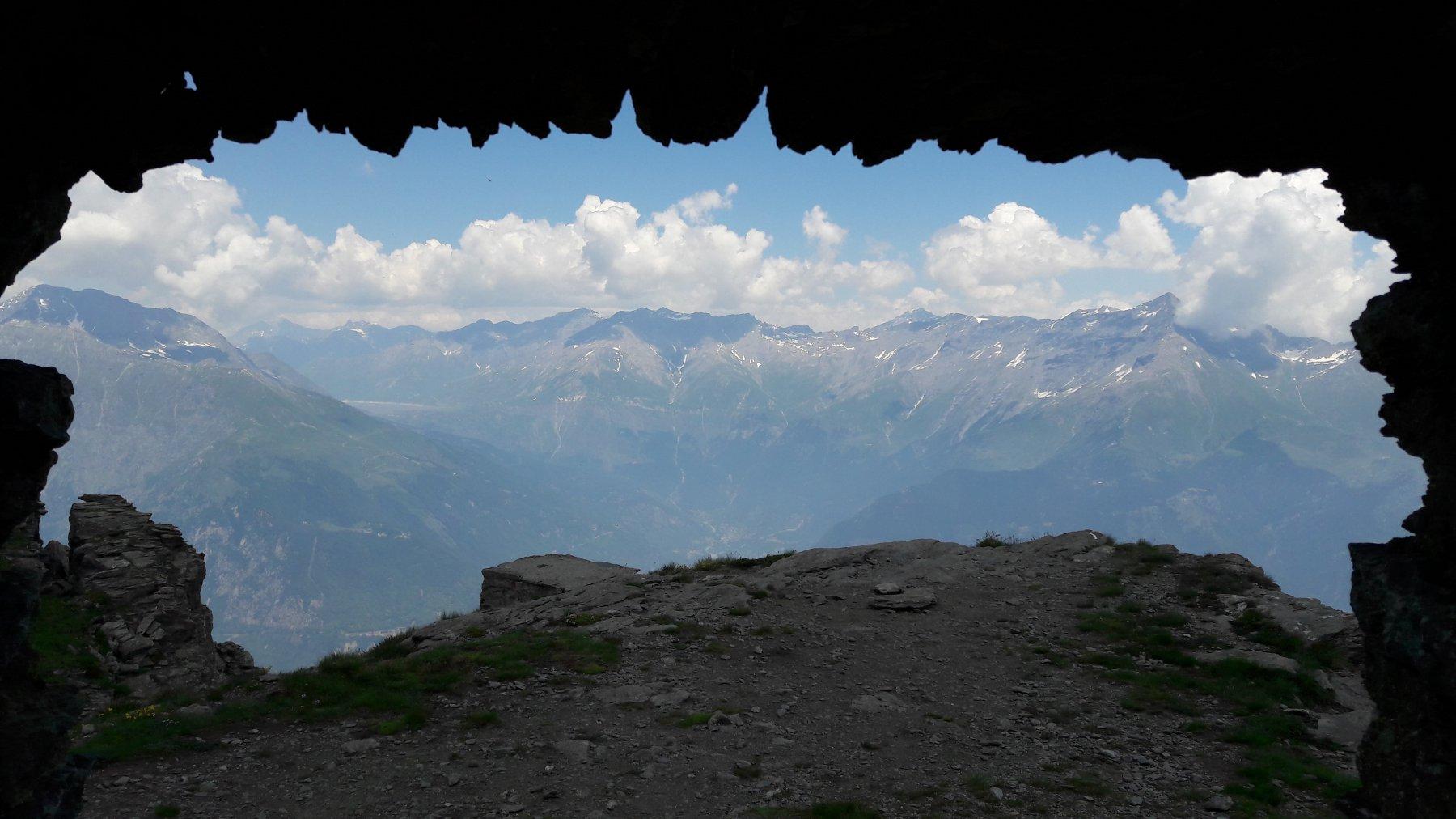 Lago del Moncenisio e Rocciamelone dalla stazione eliografica