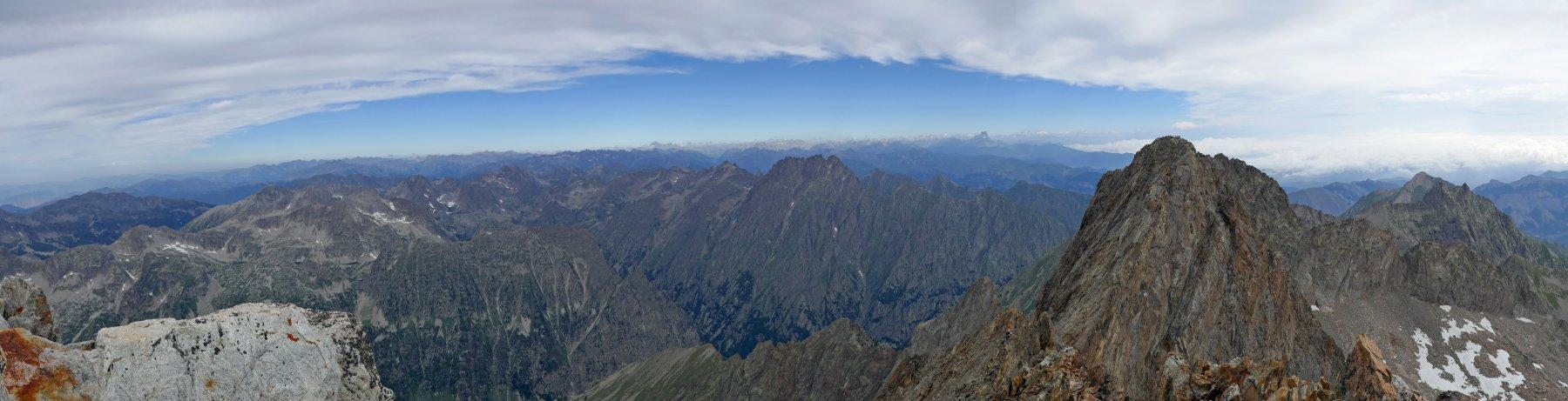 Panoramica dalla Cima Sud dell' Argentera