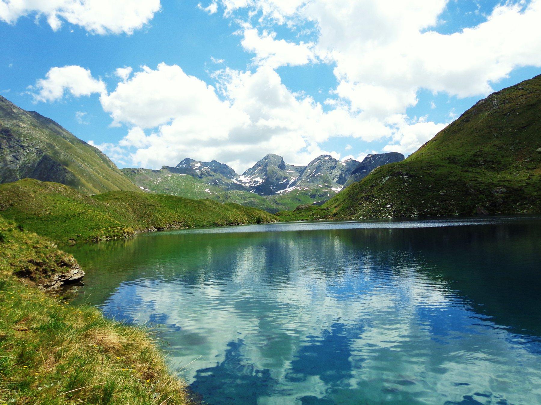 In lontananza Mont Delà, Col Fussy e Mont Glacier
