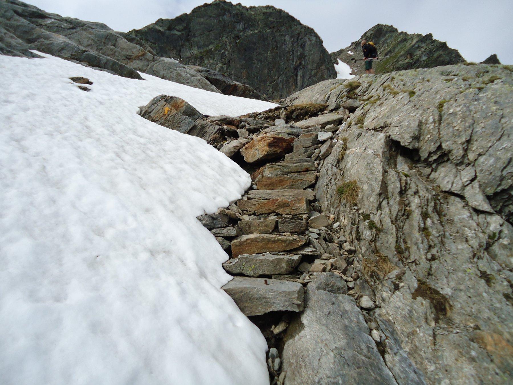 ancora neve per il lago Pietrarossa