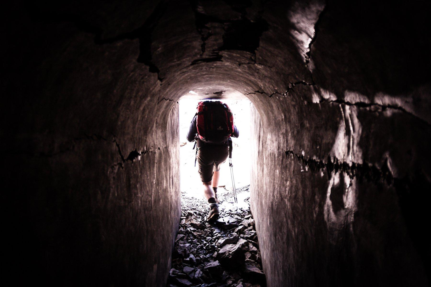 Il passaggio nel tunnel bellico