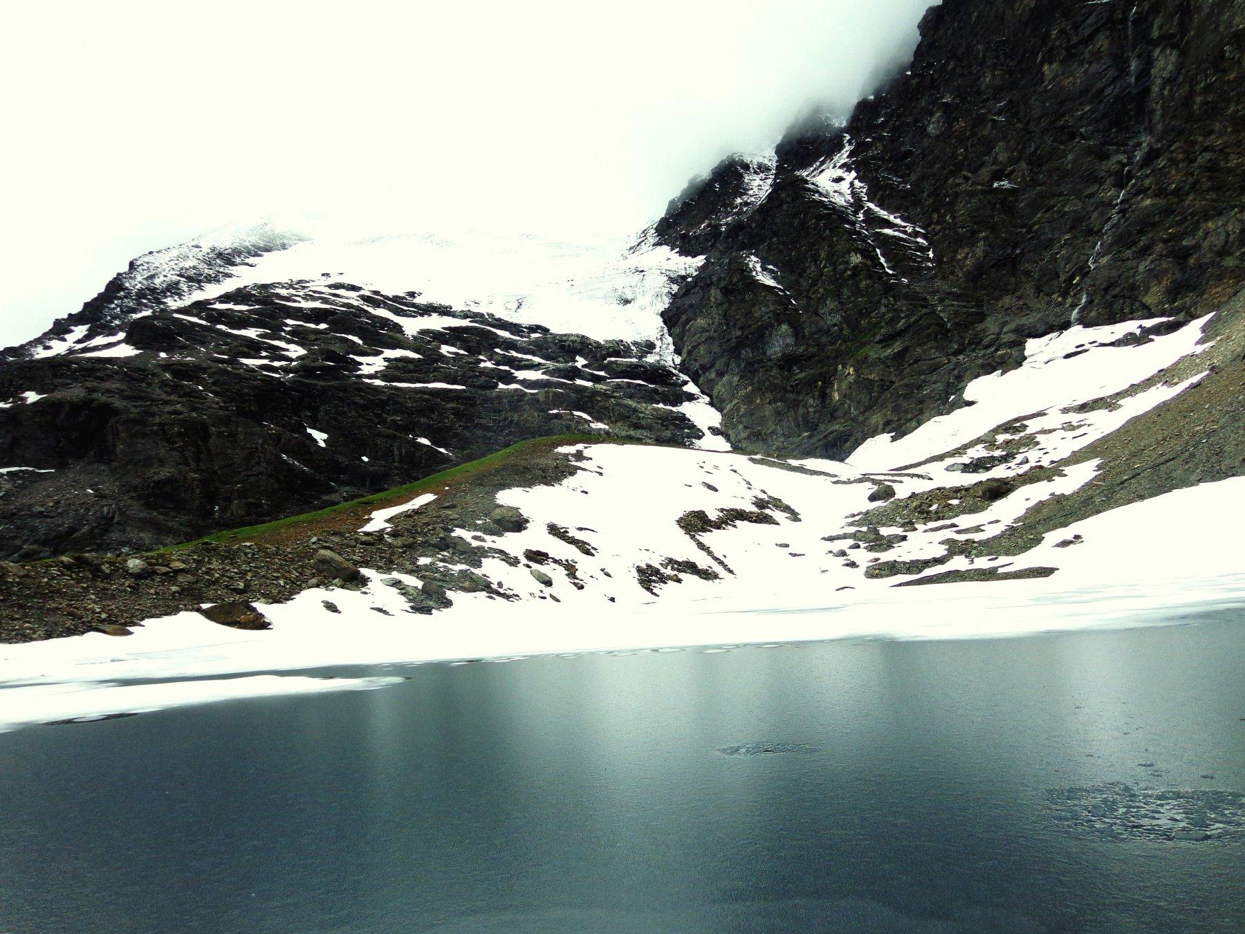 Lac Vert e ghiacciaio Plattes de Chamois