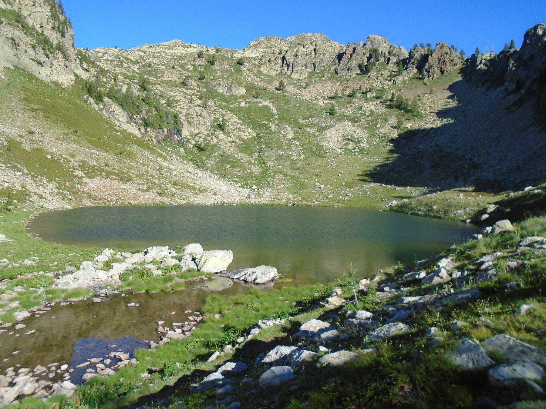 Il bellissimo ambiente del Lago di Aver Sottano (2136m)
