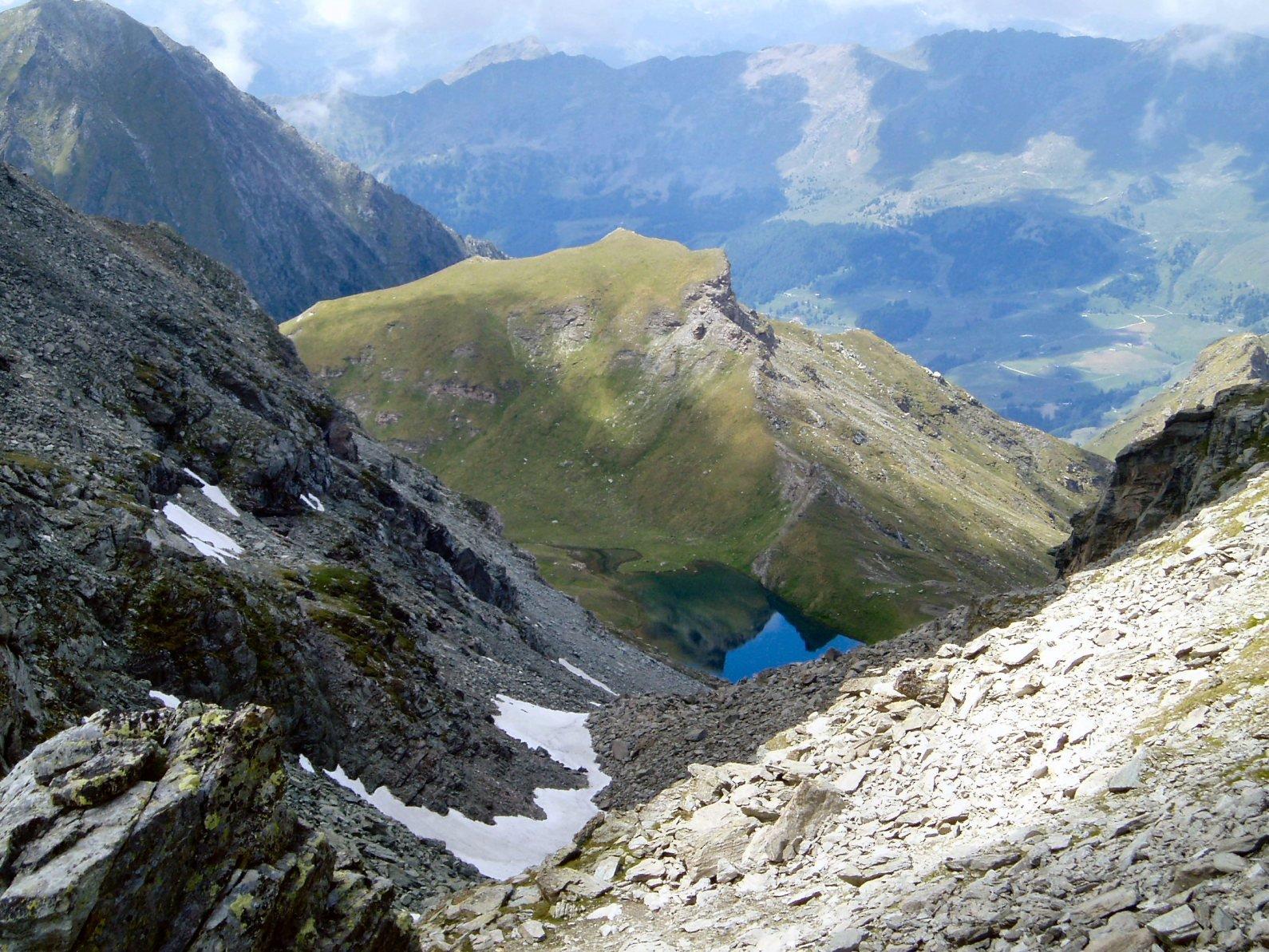 Lago Perrin dal colletto.