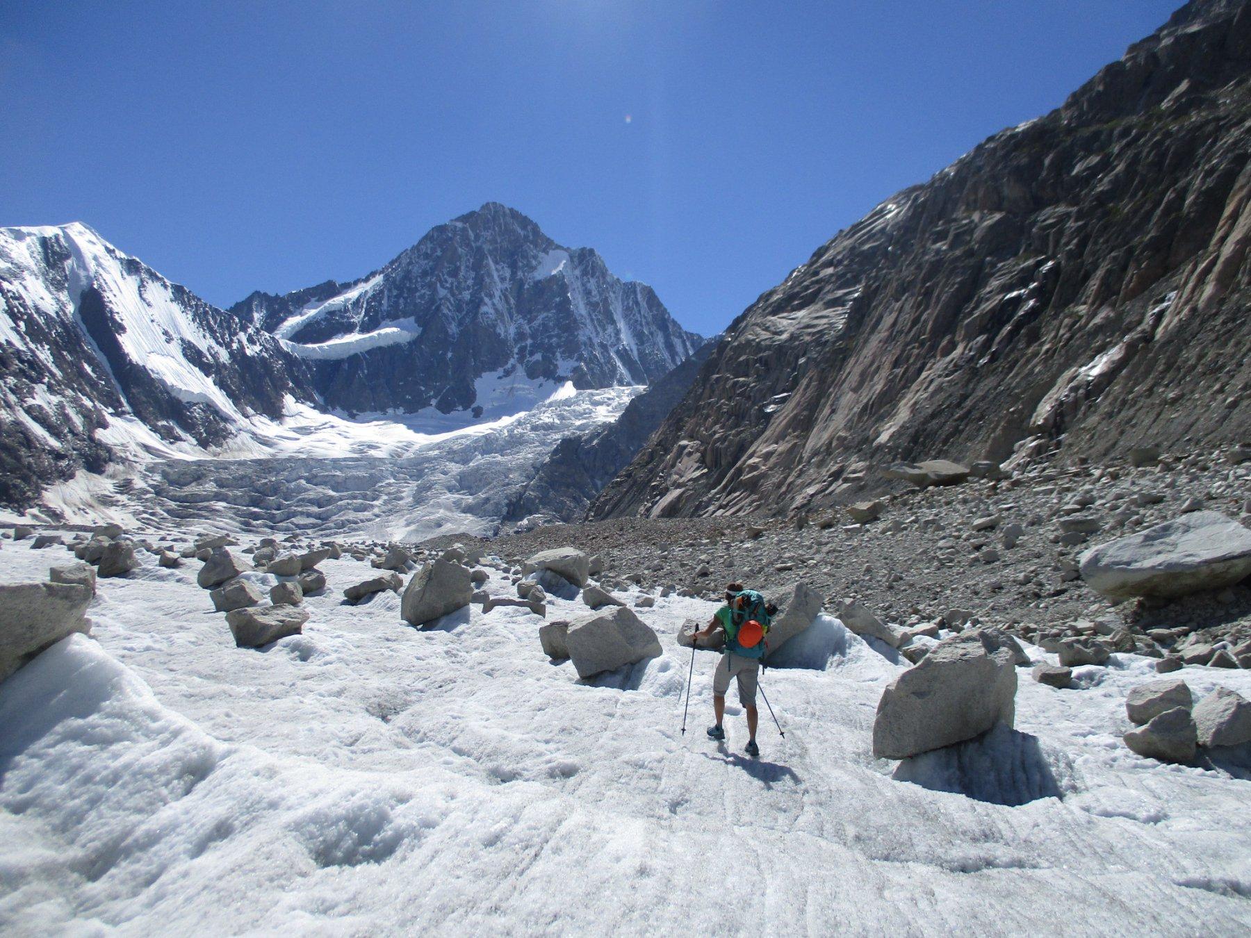 …sul ghiacciaio in compagnia del Finsteraarhorn...