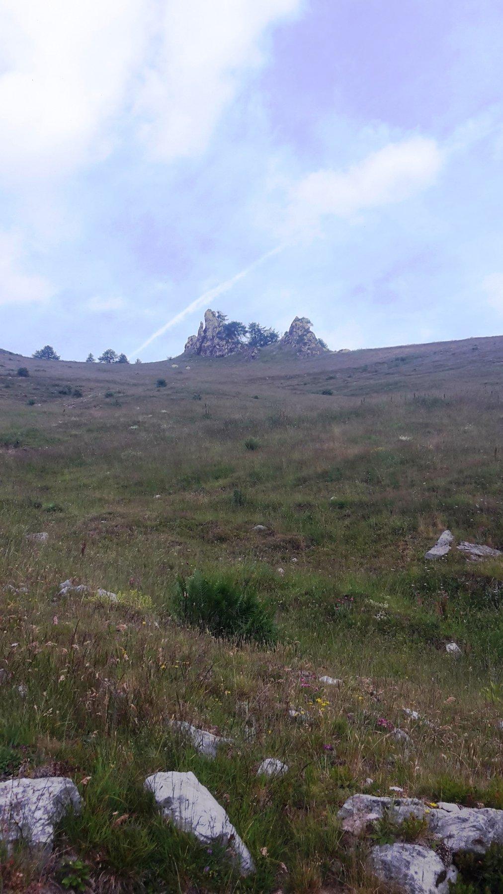 I torrioni in prossimità del Colle Dente Brignola