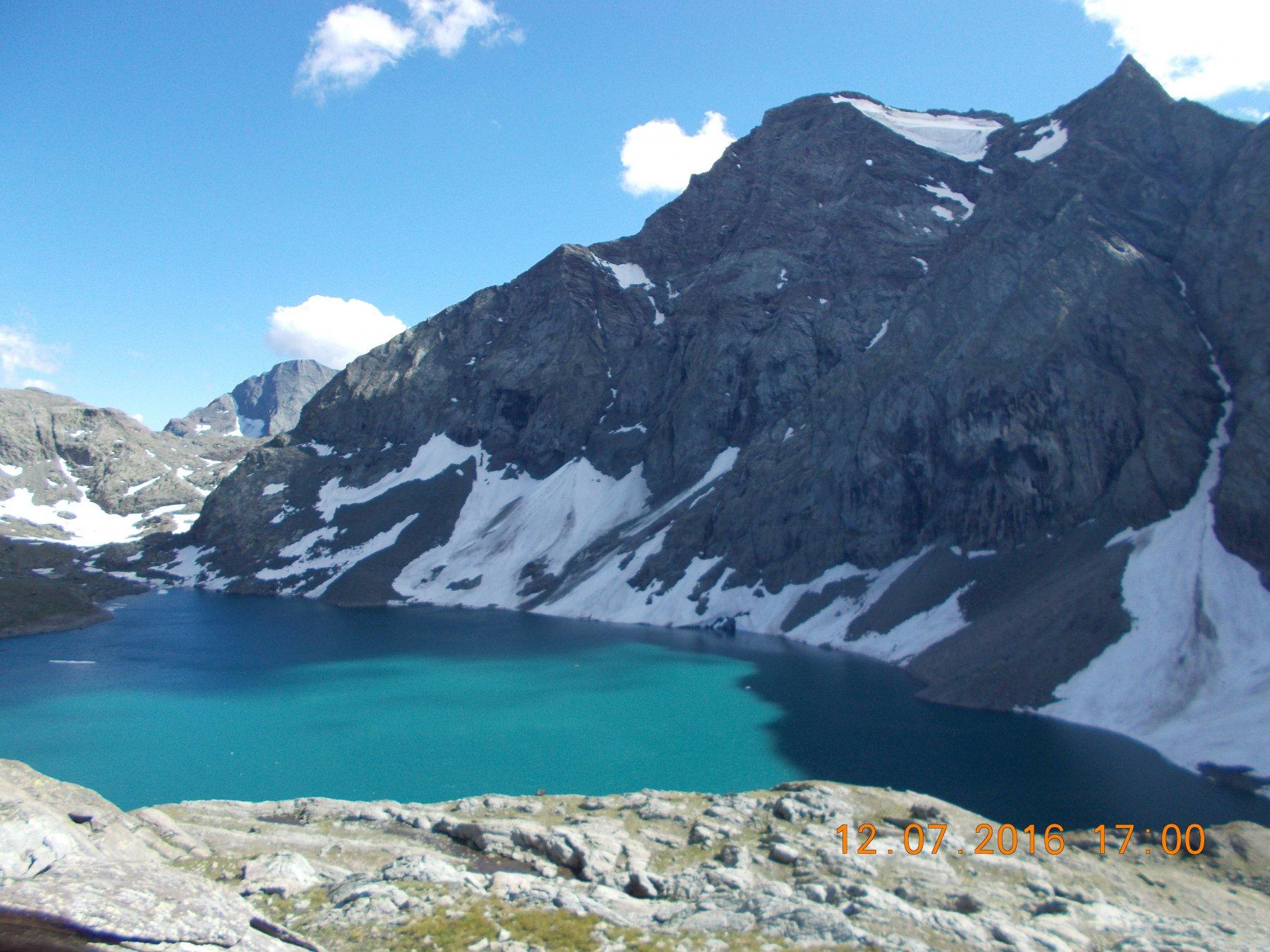 Lago della Rossa 2718m. In fondo il Monte Lera 3355m