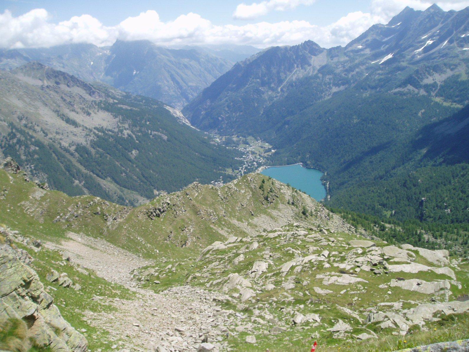 Lago di Ceresole dal colle.