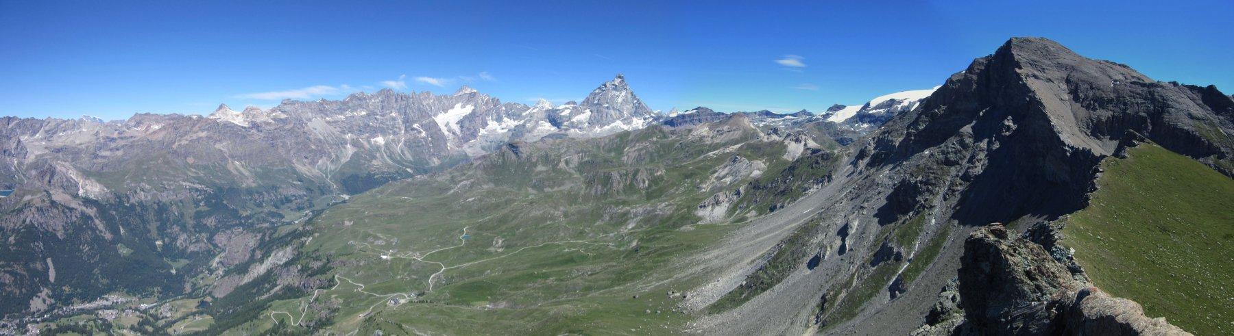 Stupendo panorama dalla cima