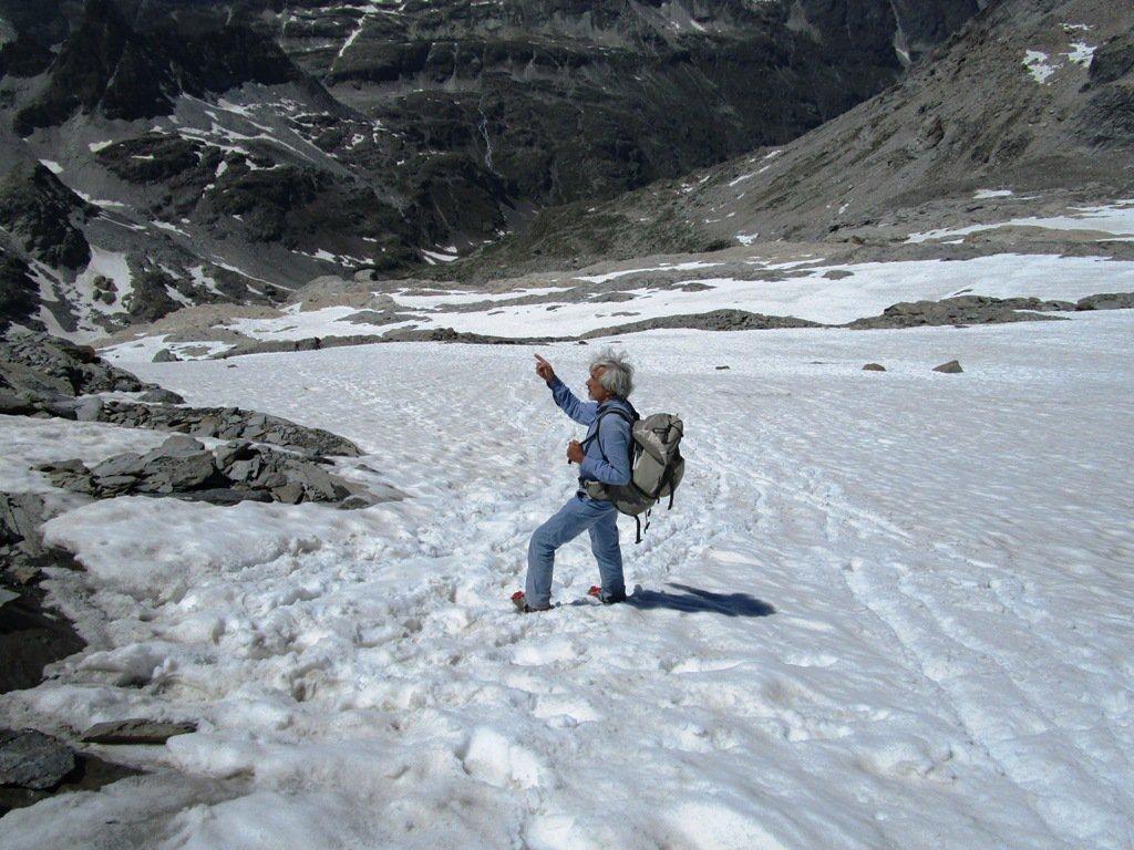 Discesa sul glacio nevaio.