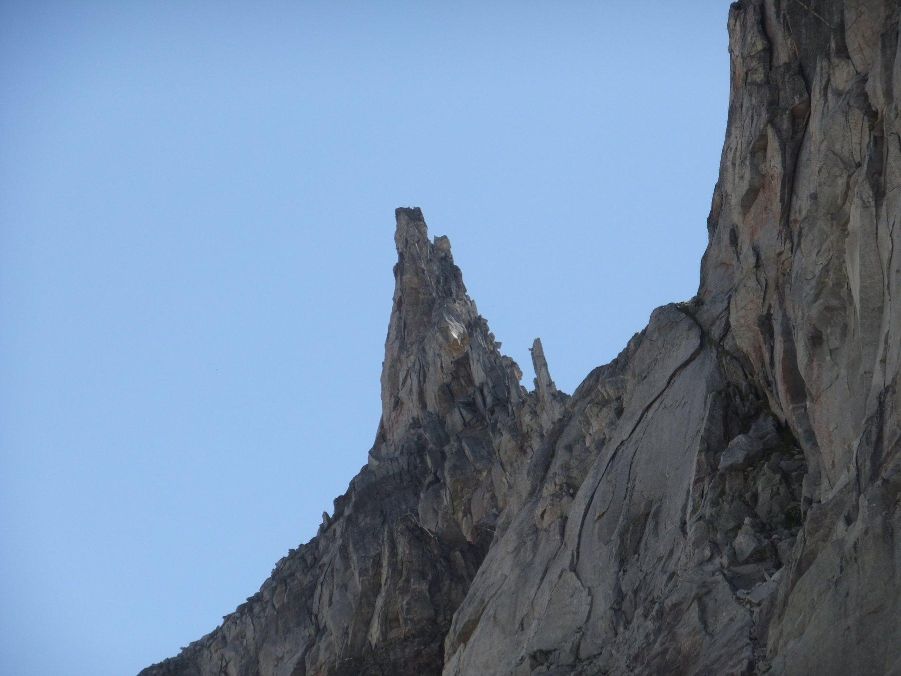 La Cima di Valdeserta dall'angolazione più spettacolare ( nevaio )