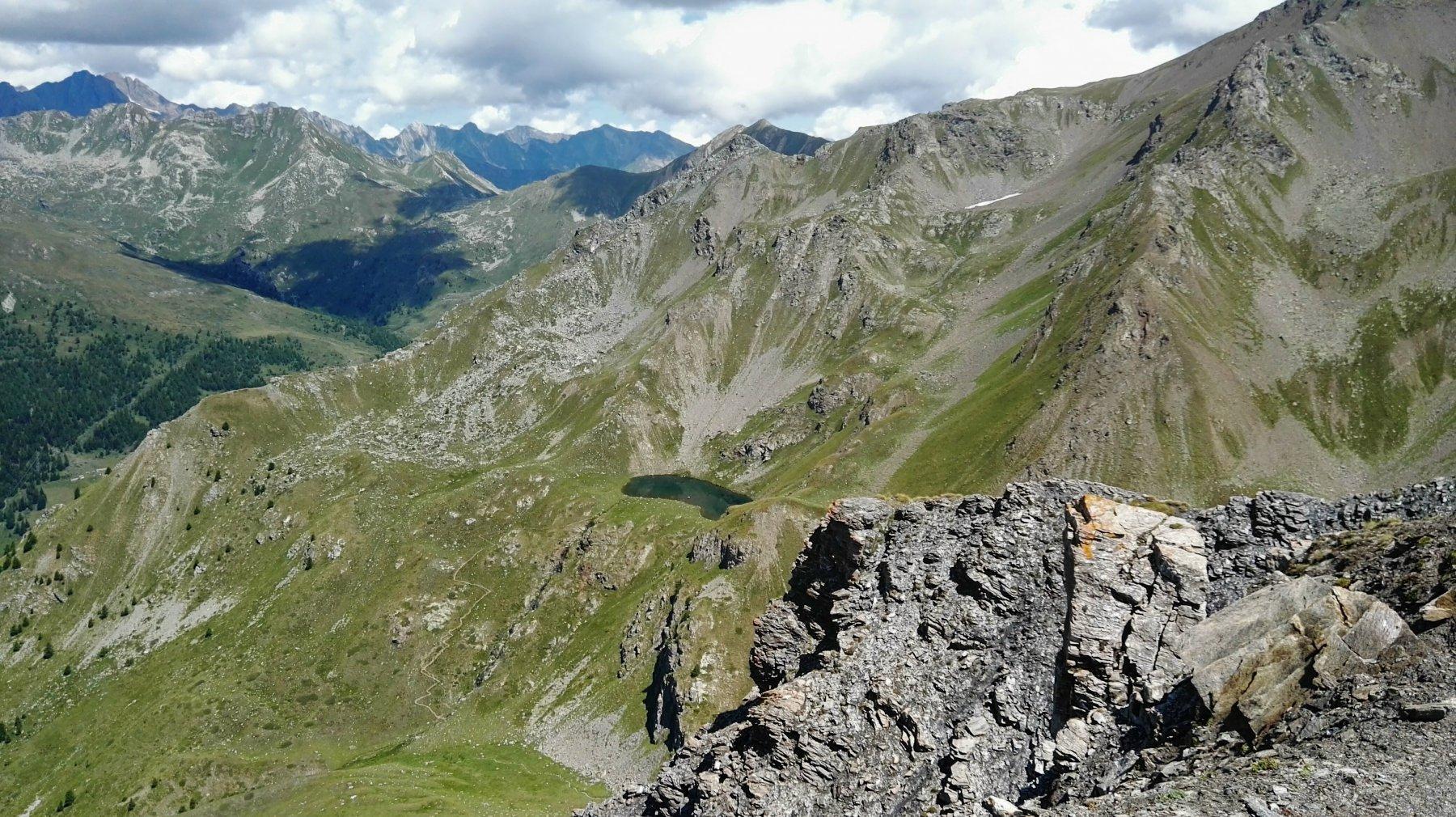 cresta e in basso lago leysser