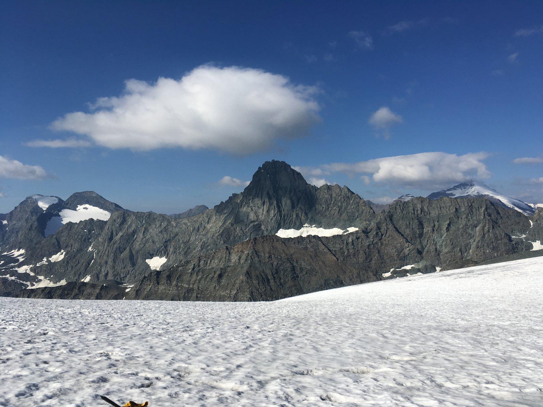 Bessanese vista dal ghiacciaio
