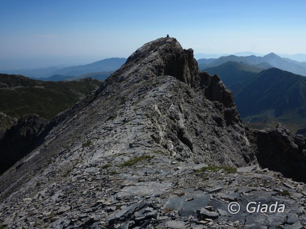La cresta verso la cima della Revelli