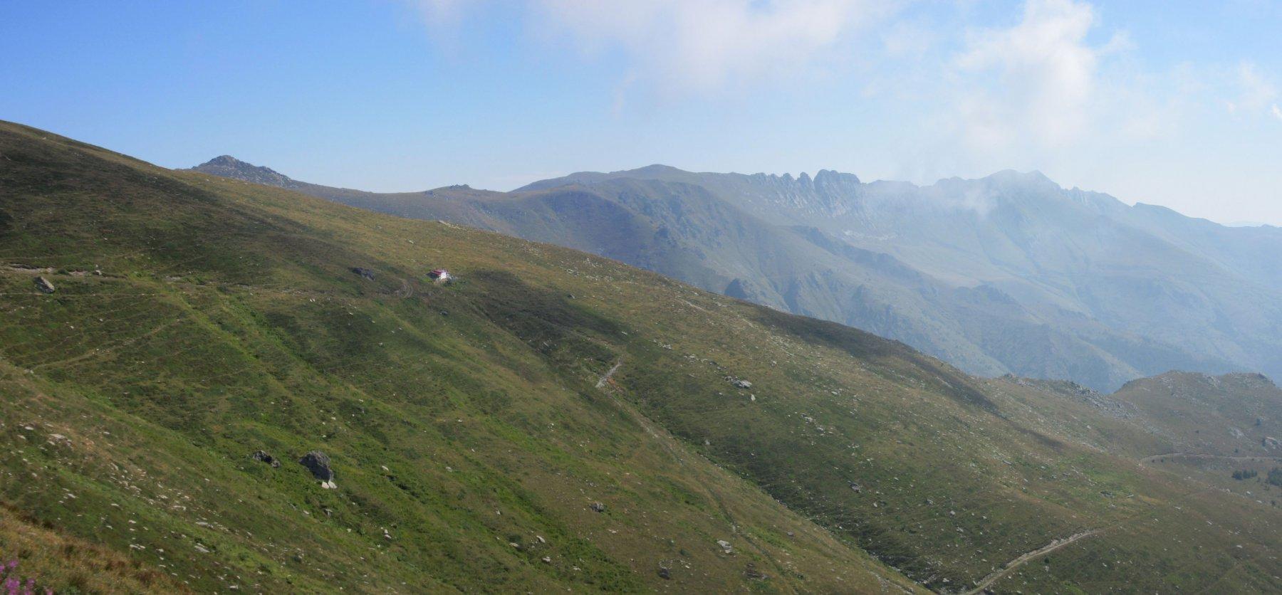 Il rifugio Valcaira è ancora distante