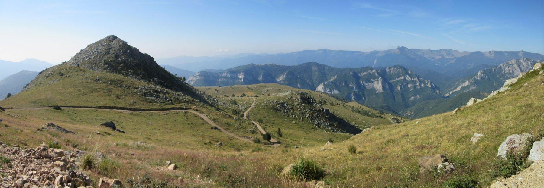 Monte Castello di Quarzina e la strada salita