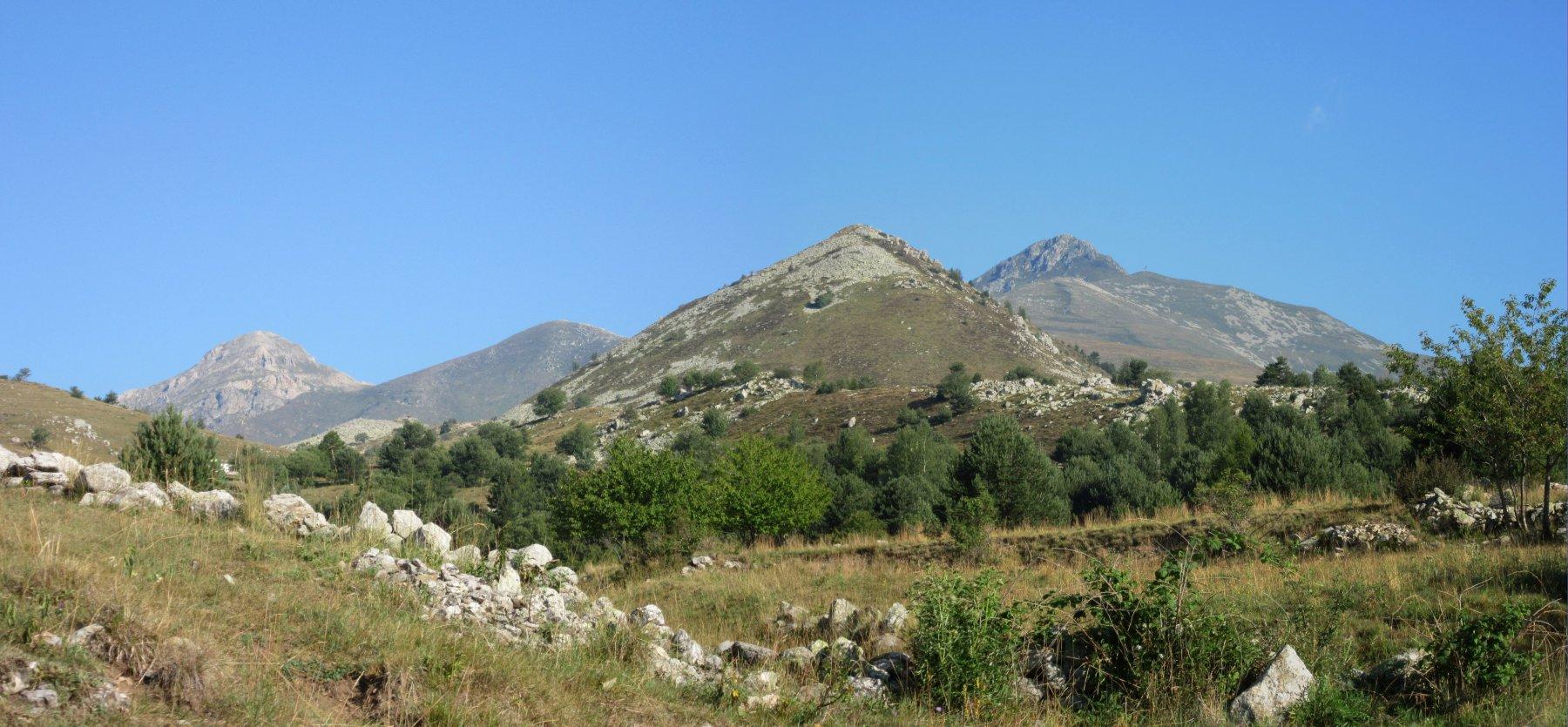 Da sx Conoia, Roccate, Monte Castello di Quarzina e Pizzo d'Ormea