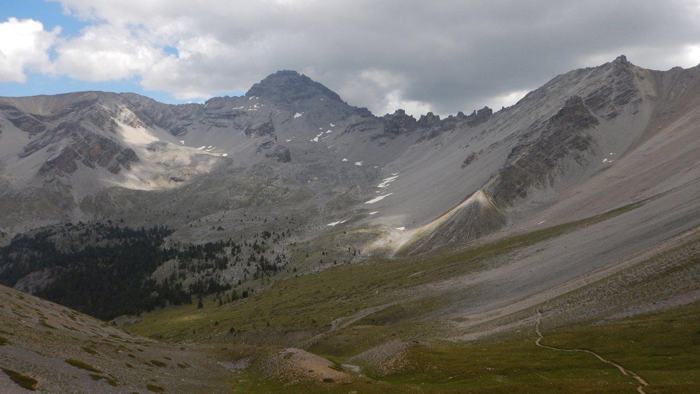 Il vallone percorso visto dal Col Perdu