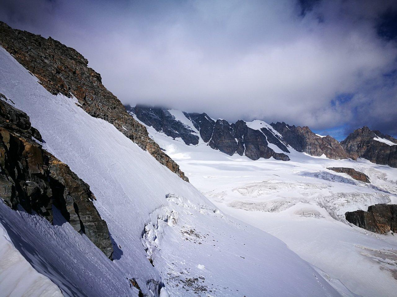 04 - vista sul ghiacciaio della Tribolazione dal Colle di Valnontey