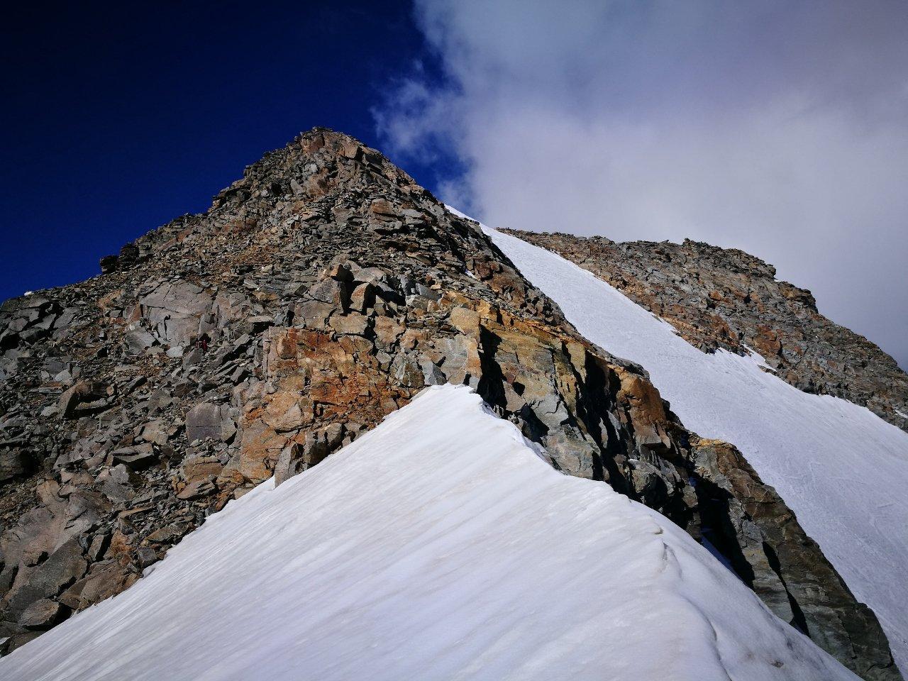 02 - dal Colle di Valnontey verso la Testa della Tribolazione, cima a destra