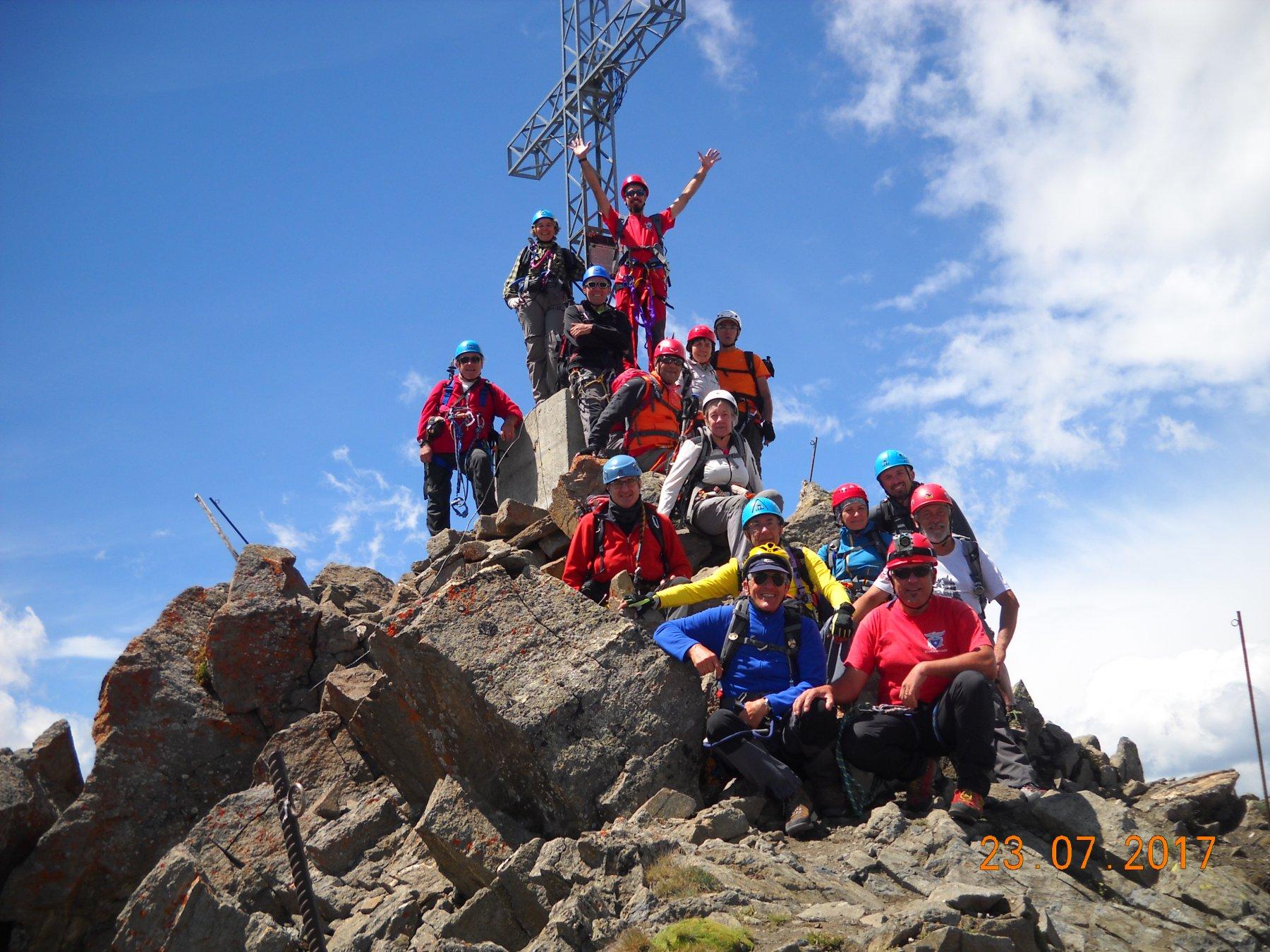 gruppo in vetta 3090 mt.