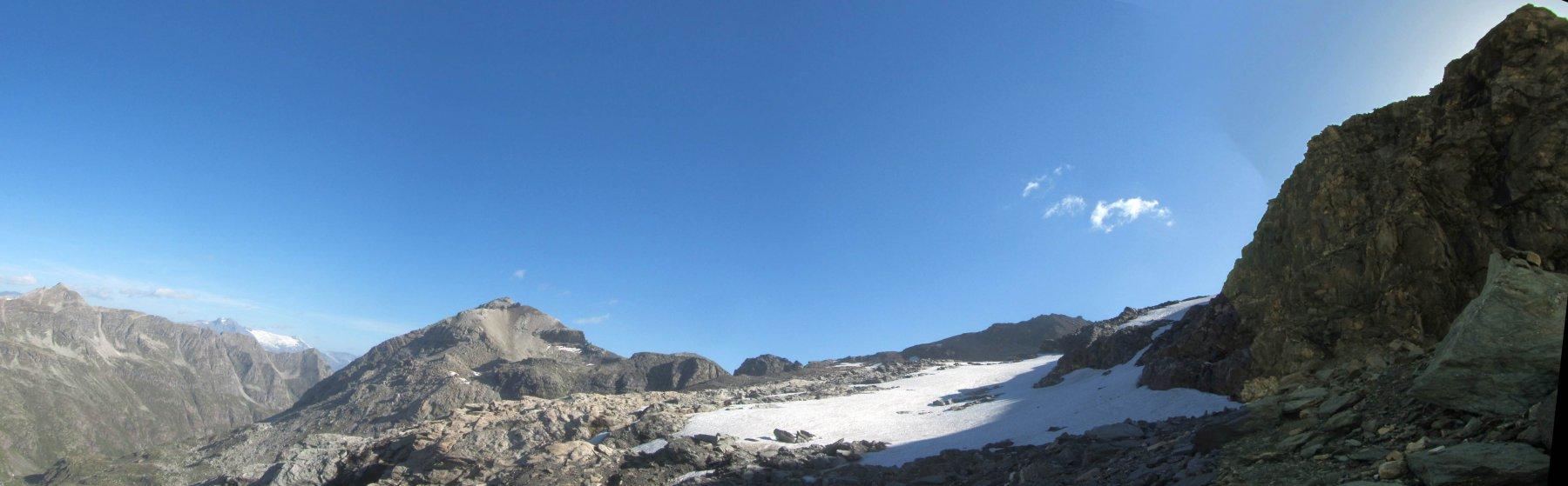 La parte bassa del ghiacciaio che è ormai un nevaio
