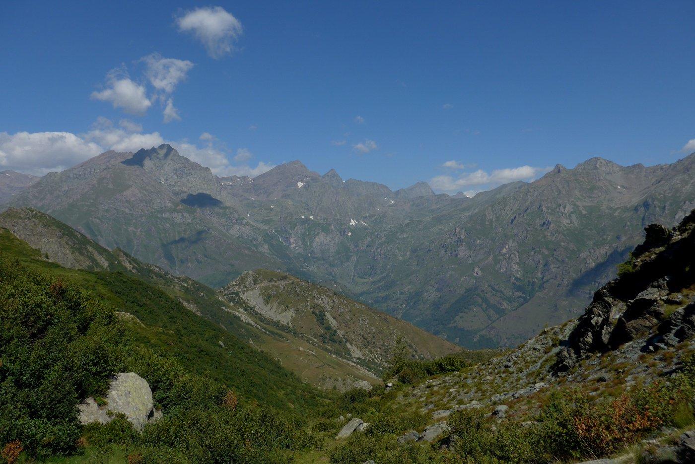 Ampio panorama sulle montagne delle valli di Lanzo