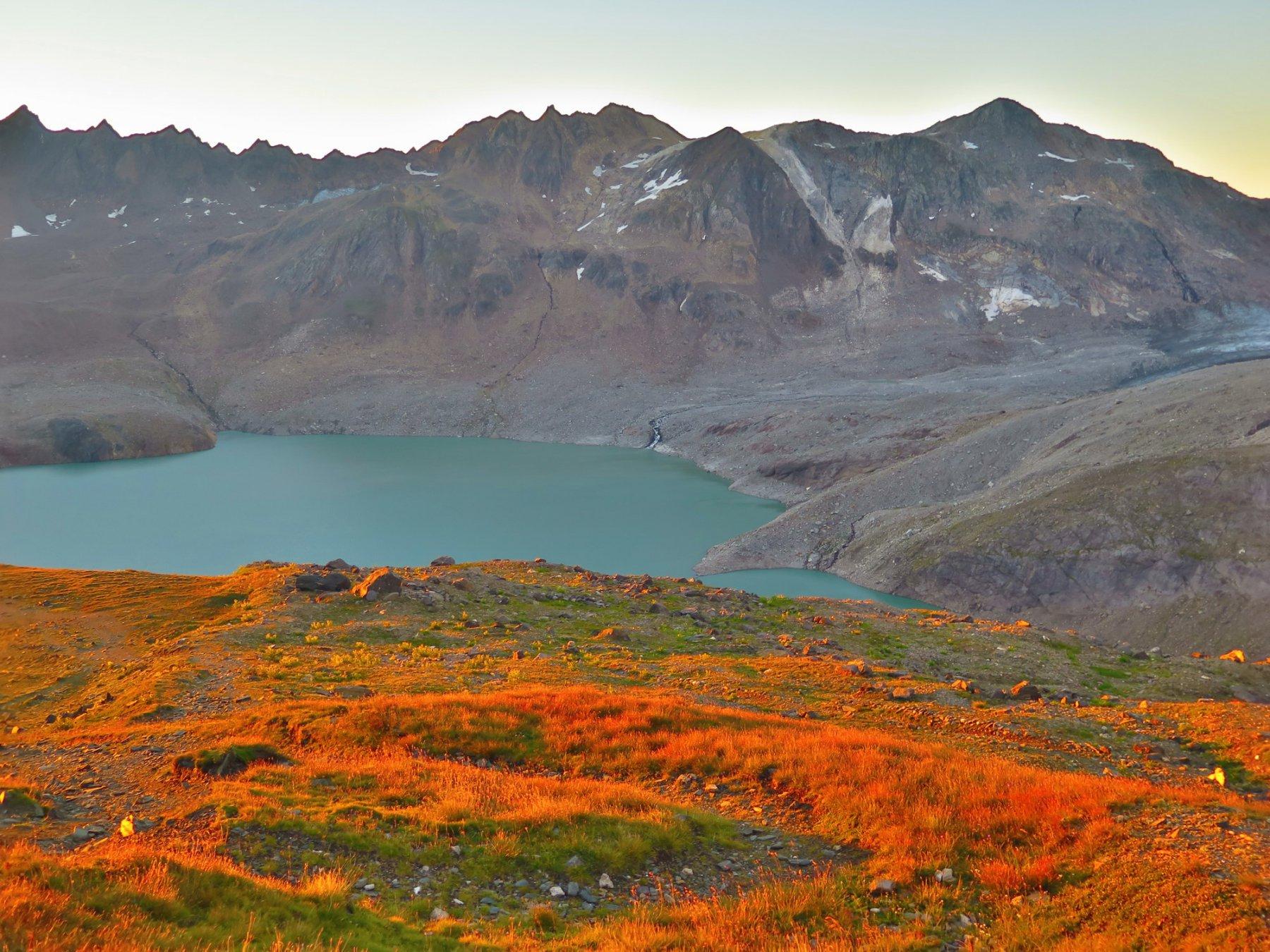alba sul lago Sabbione
