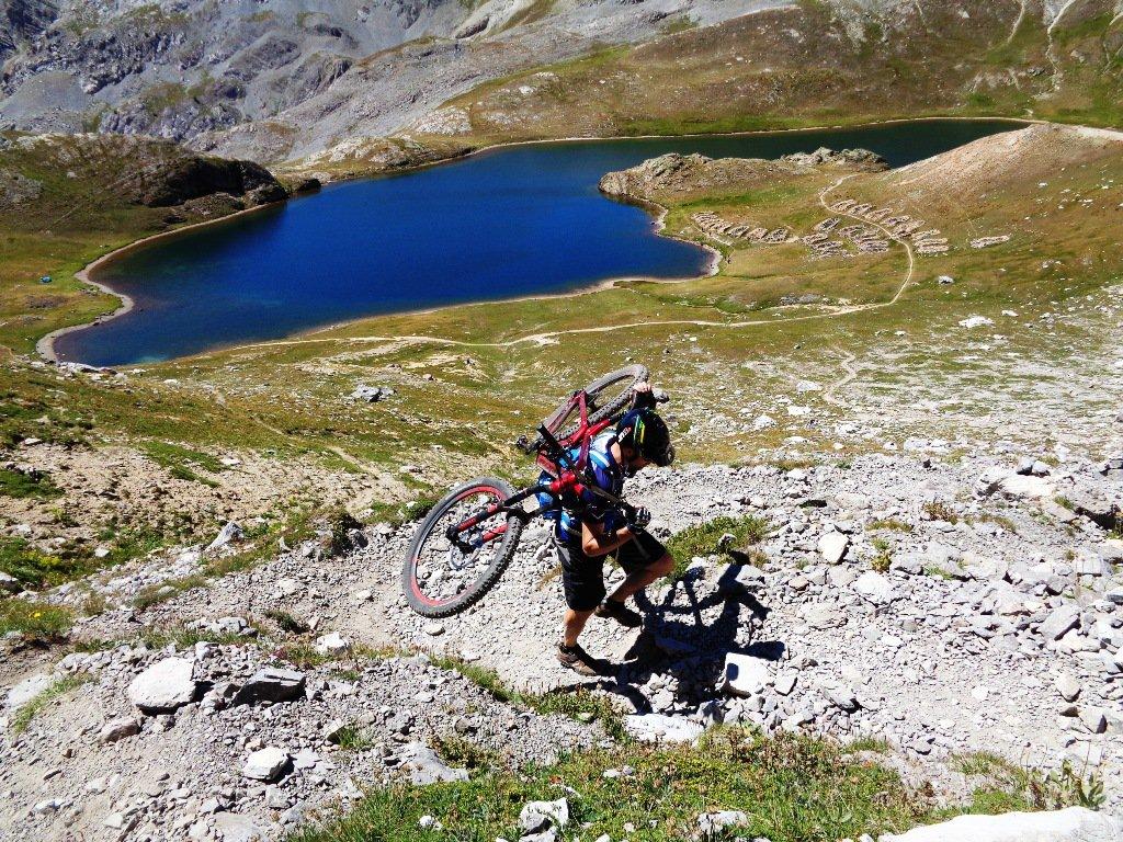 biker e Lago Superiore di Ruburent