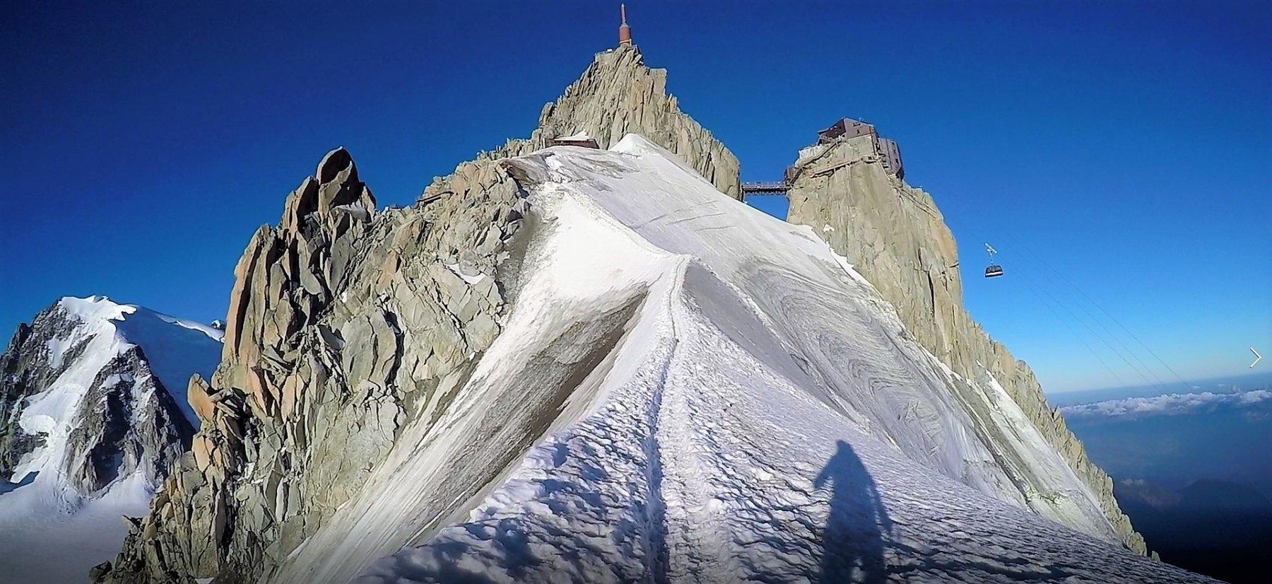 Cresta finale per l'Aiguille du Midi