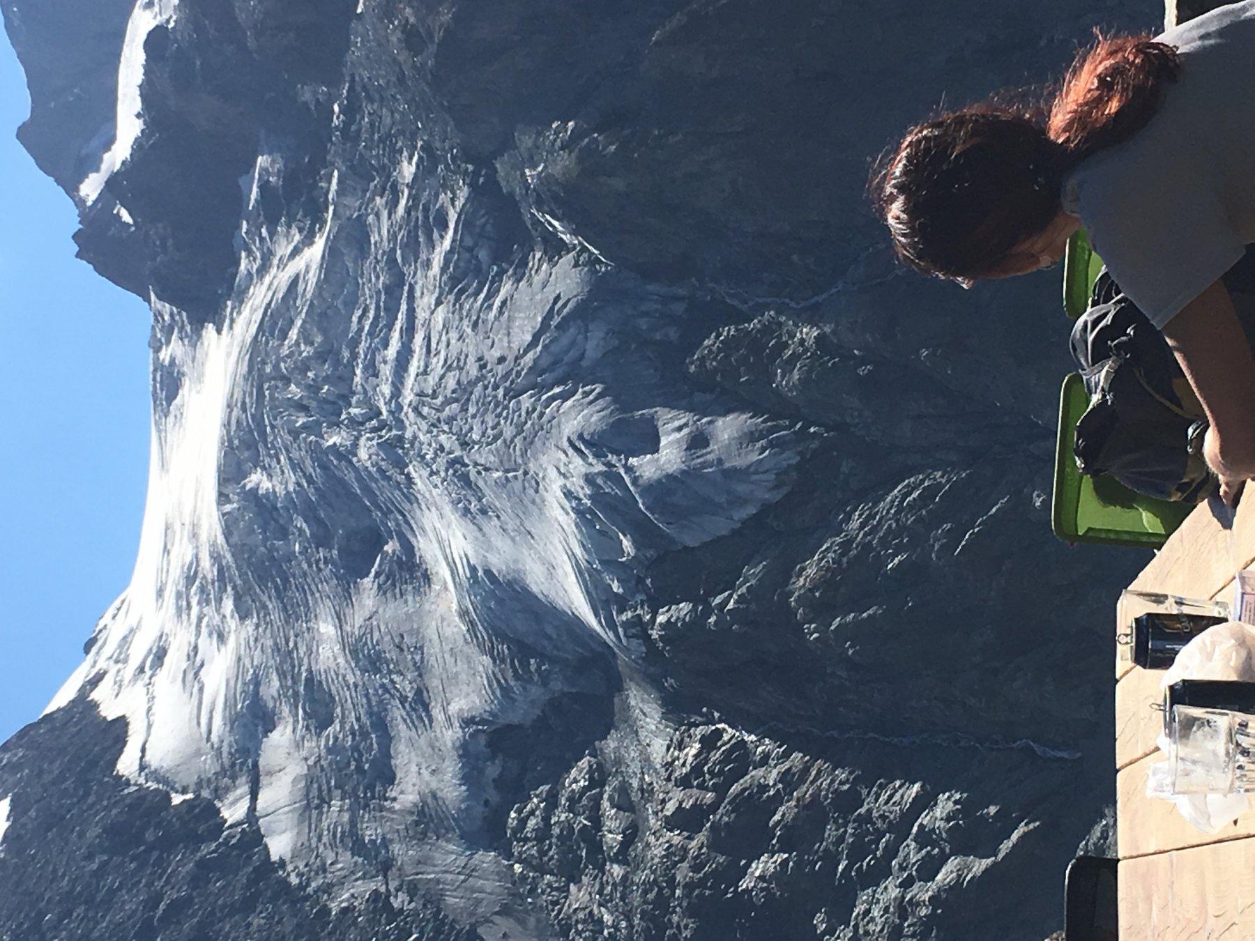 il ghiacciaio che scende dal combin di Corbassiere
