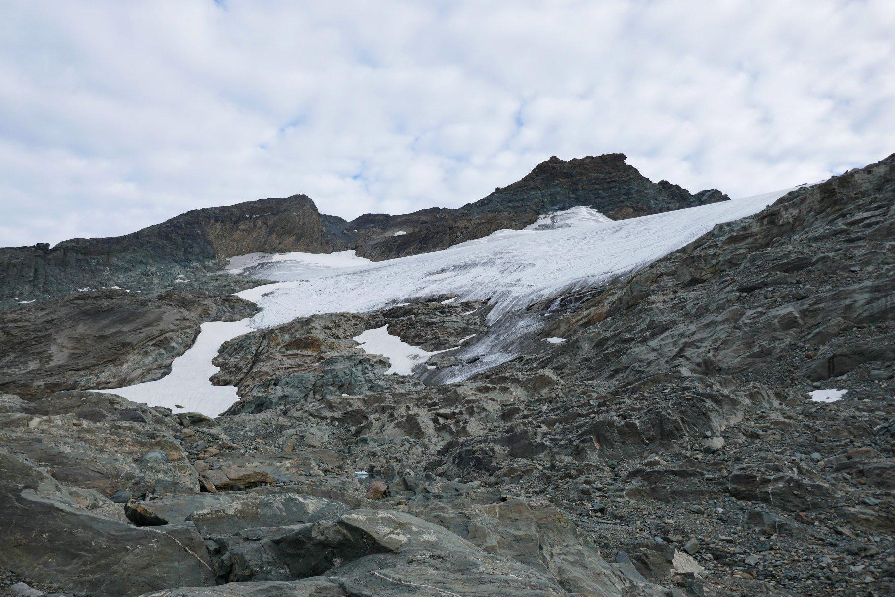 La fronte del ghiacciaio della Ciamarella