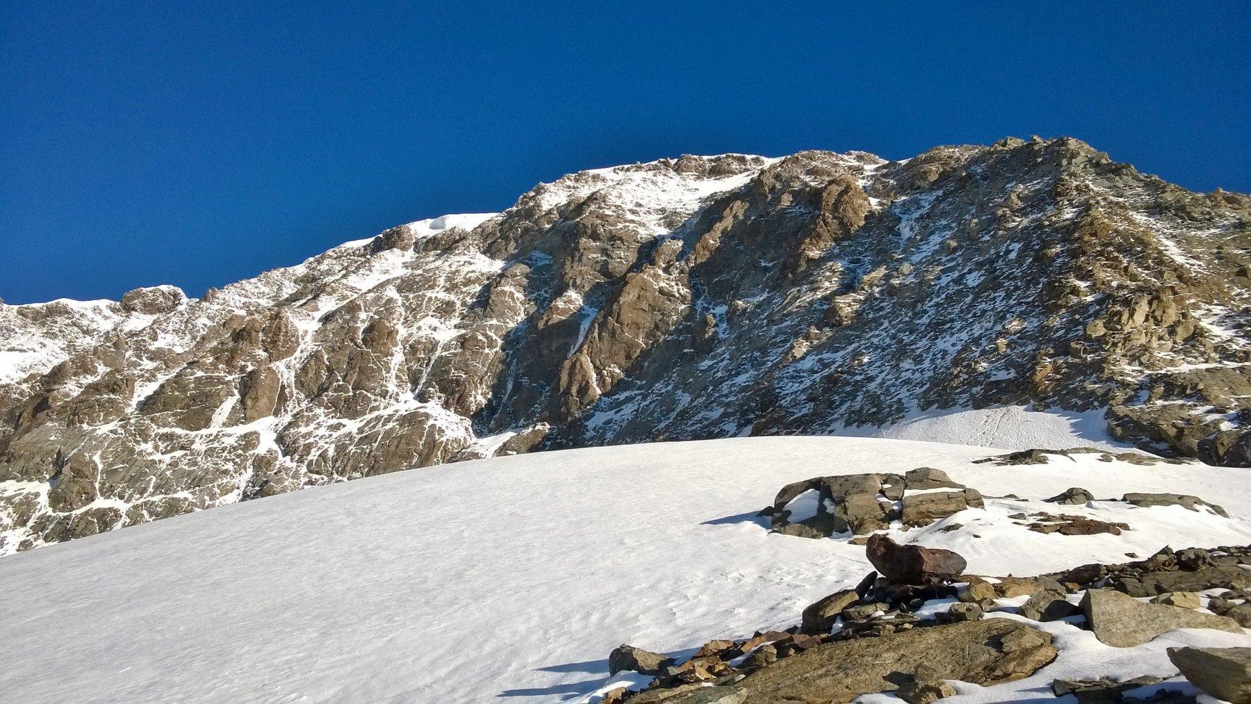 Seconda parte del crestone dal ghiacciaio delle Piode