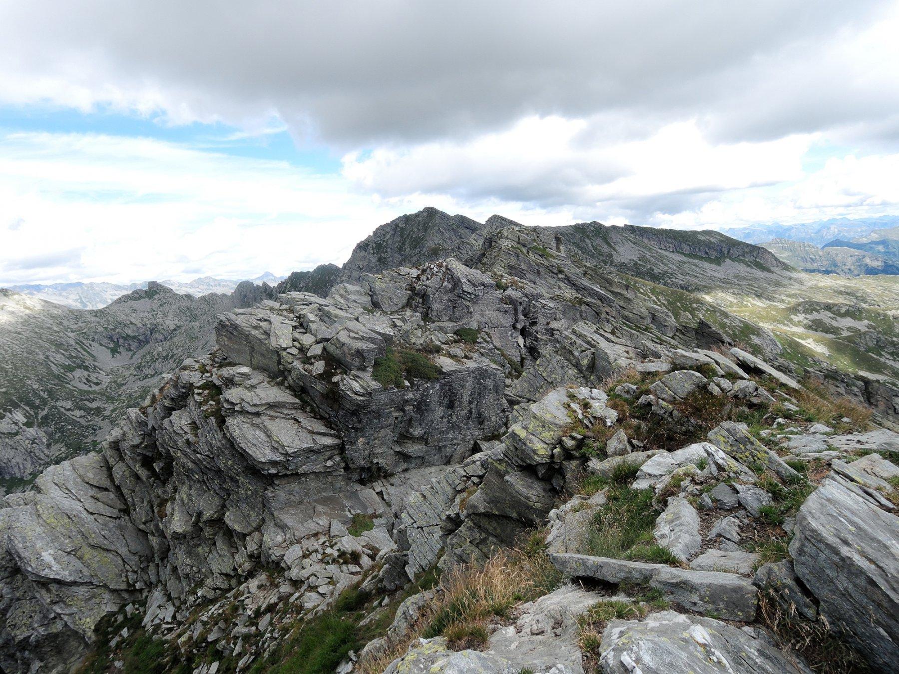 Cima centrale e cima Nord-Est viste dalla cima Sud-Ovest della Pezza Comune
