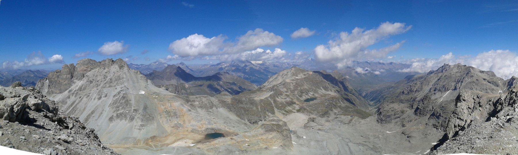 Il ghiacciaio moribondo dalla vetta