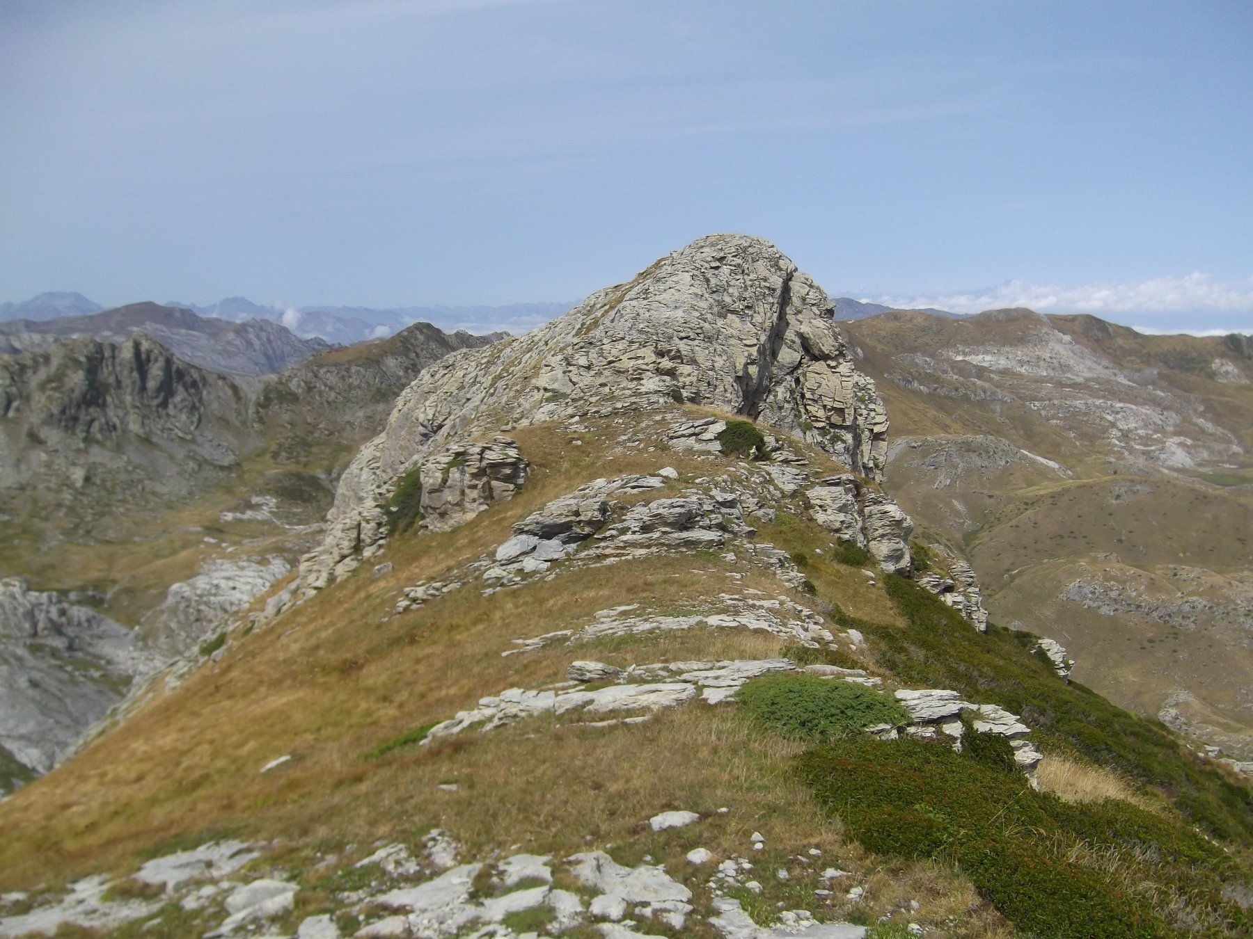 Rocca Maraquaia'.