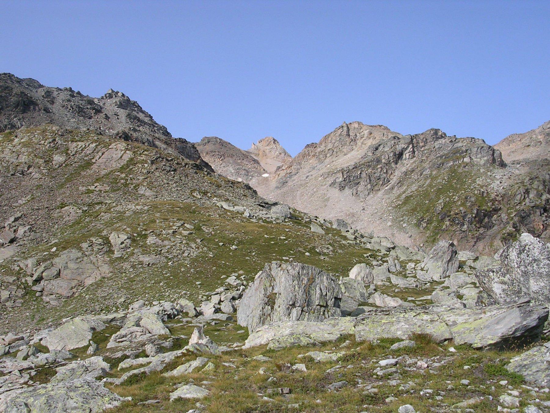 Sullo sfondo la cima del Vallonetto?